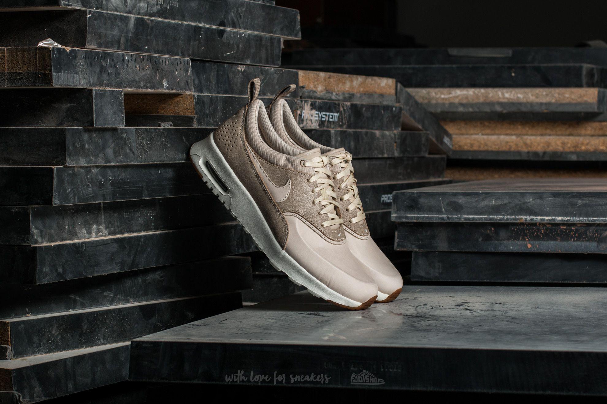 new style 3aa18 b8082 Nike Wmns Air Max Thea Premium