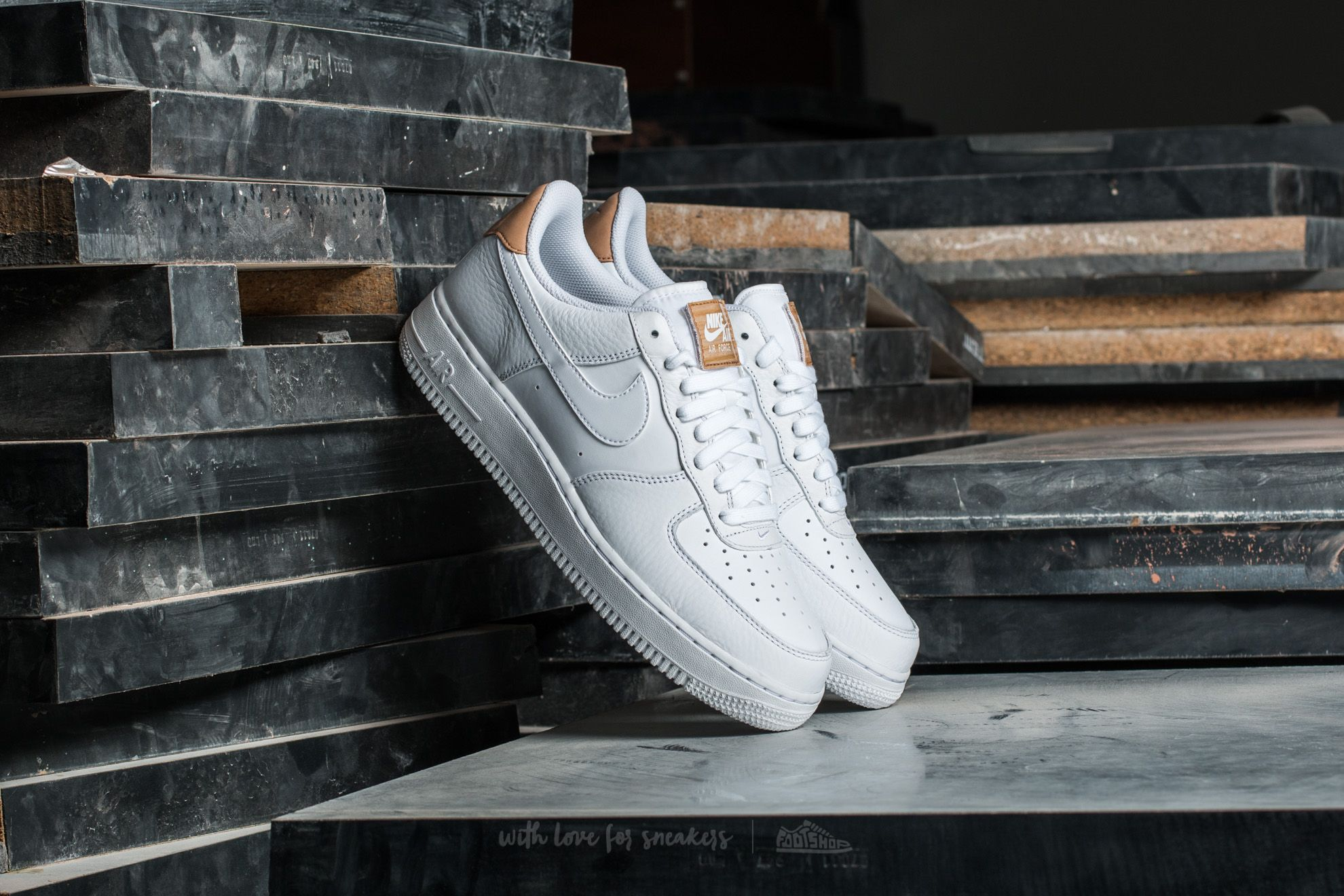 timeless design 1ad95 7927b Nike Air Force 1  07 LV8. White  White-White Vachetta Tan