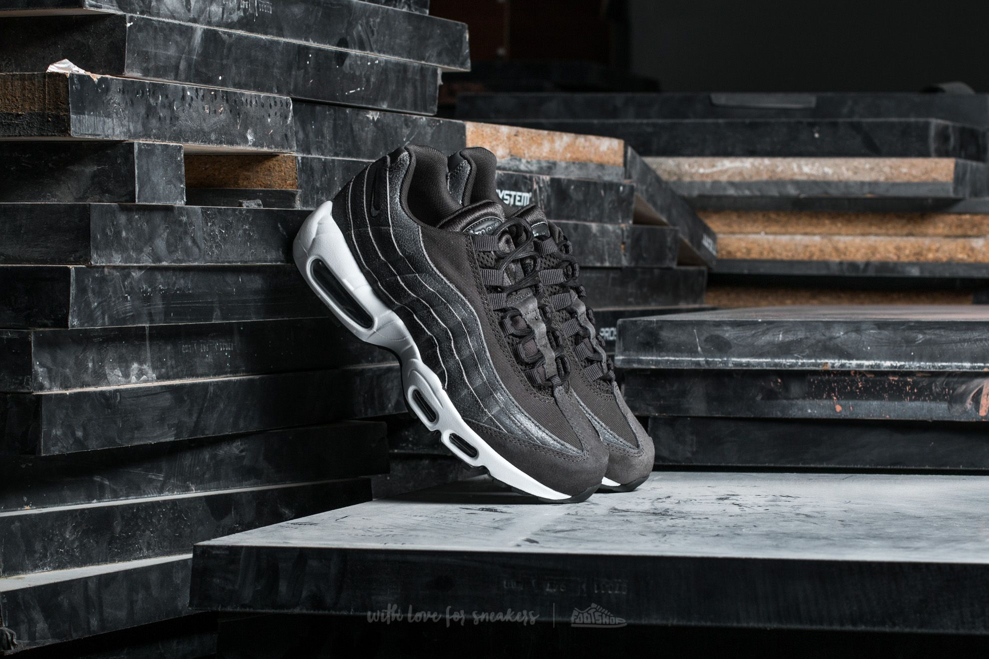 Nike Wmns Air Max 95 Premium Midnight Fog Midnight Fog | Footshop