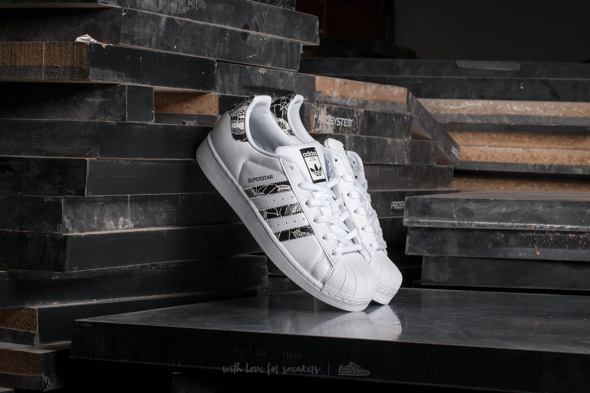 huge selection of 84484 9d5ba adidas W Superstar. Footwear White Core Black  Spray