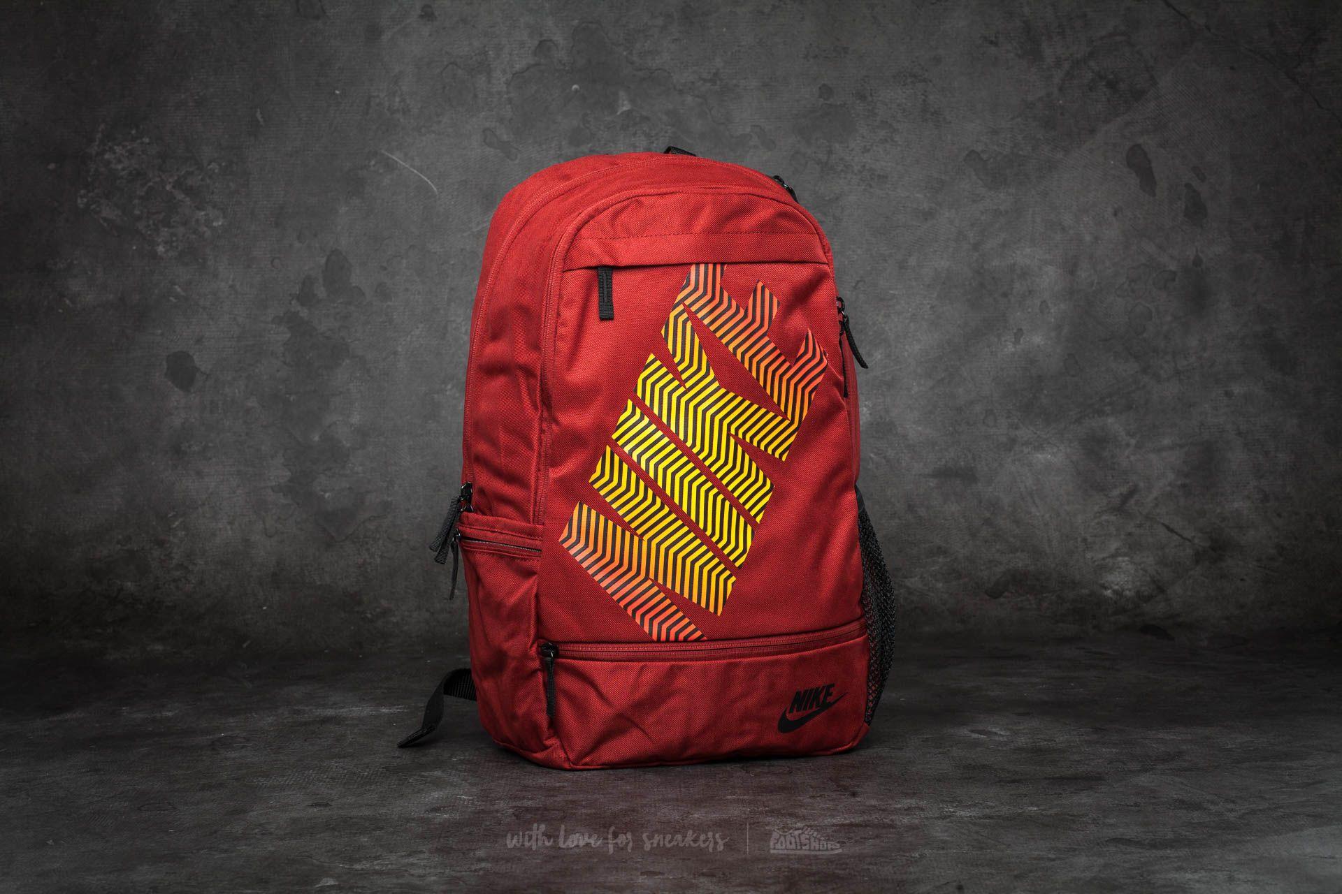 6c0991696e Nike Classic Line Backpack Dark Cayenne