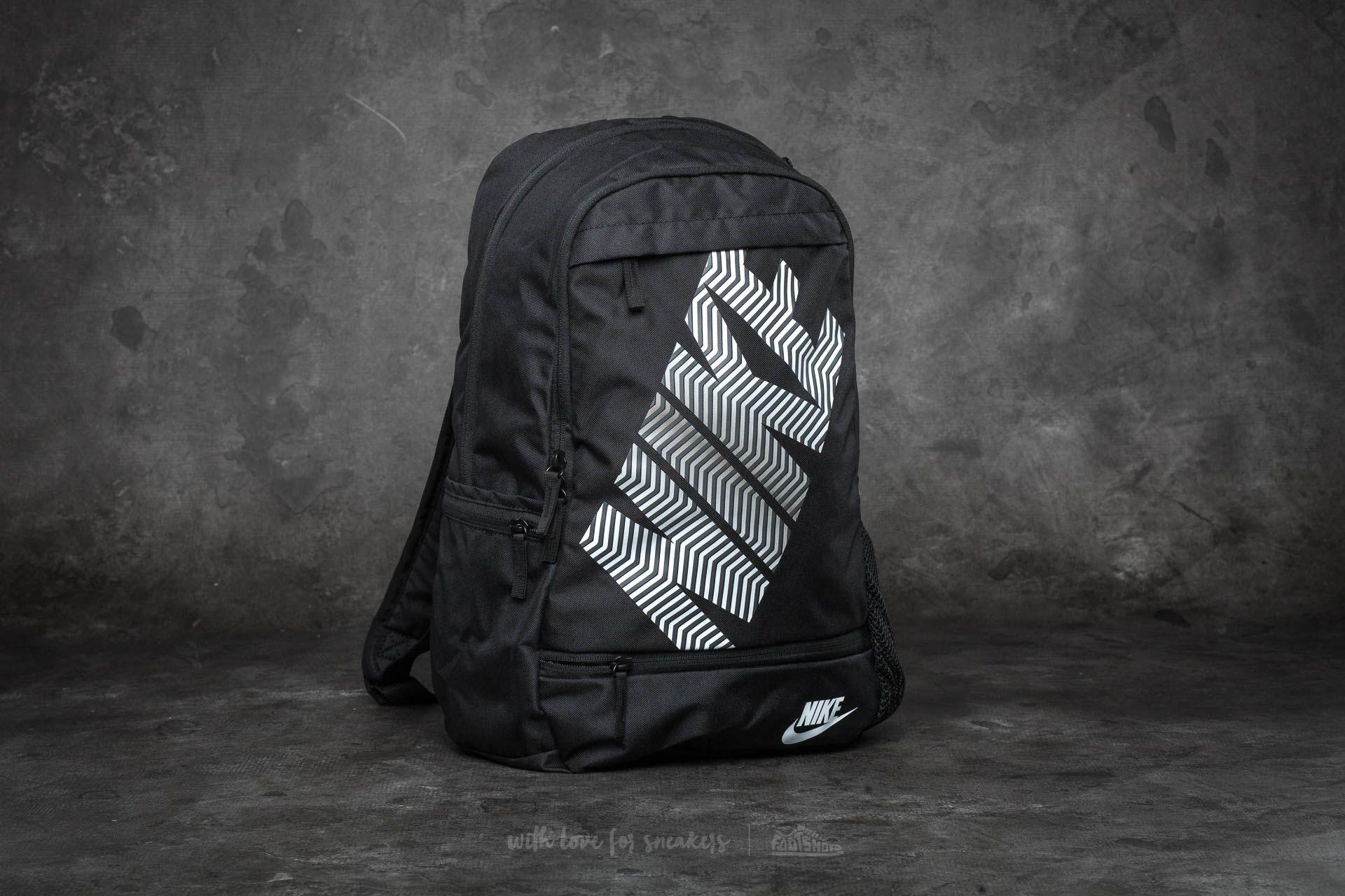 gran selección brillo de color rendimiento confiable Nike Classic Line Backpack Black/ White
