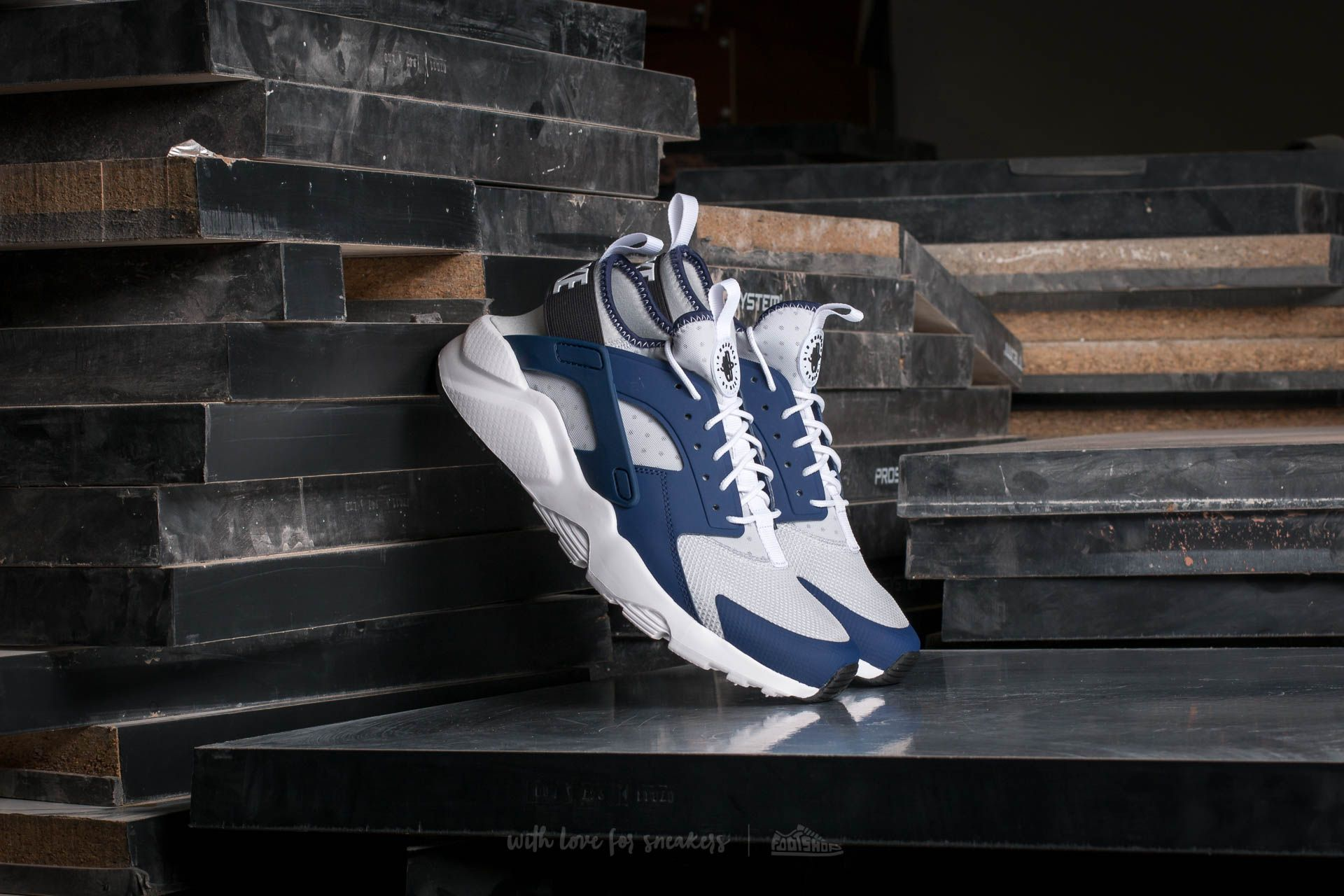 promo code 7b5f8 4abf9 Nike Air Huarache Run. Binary Blue  Black