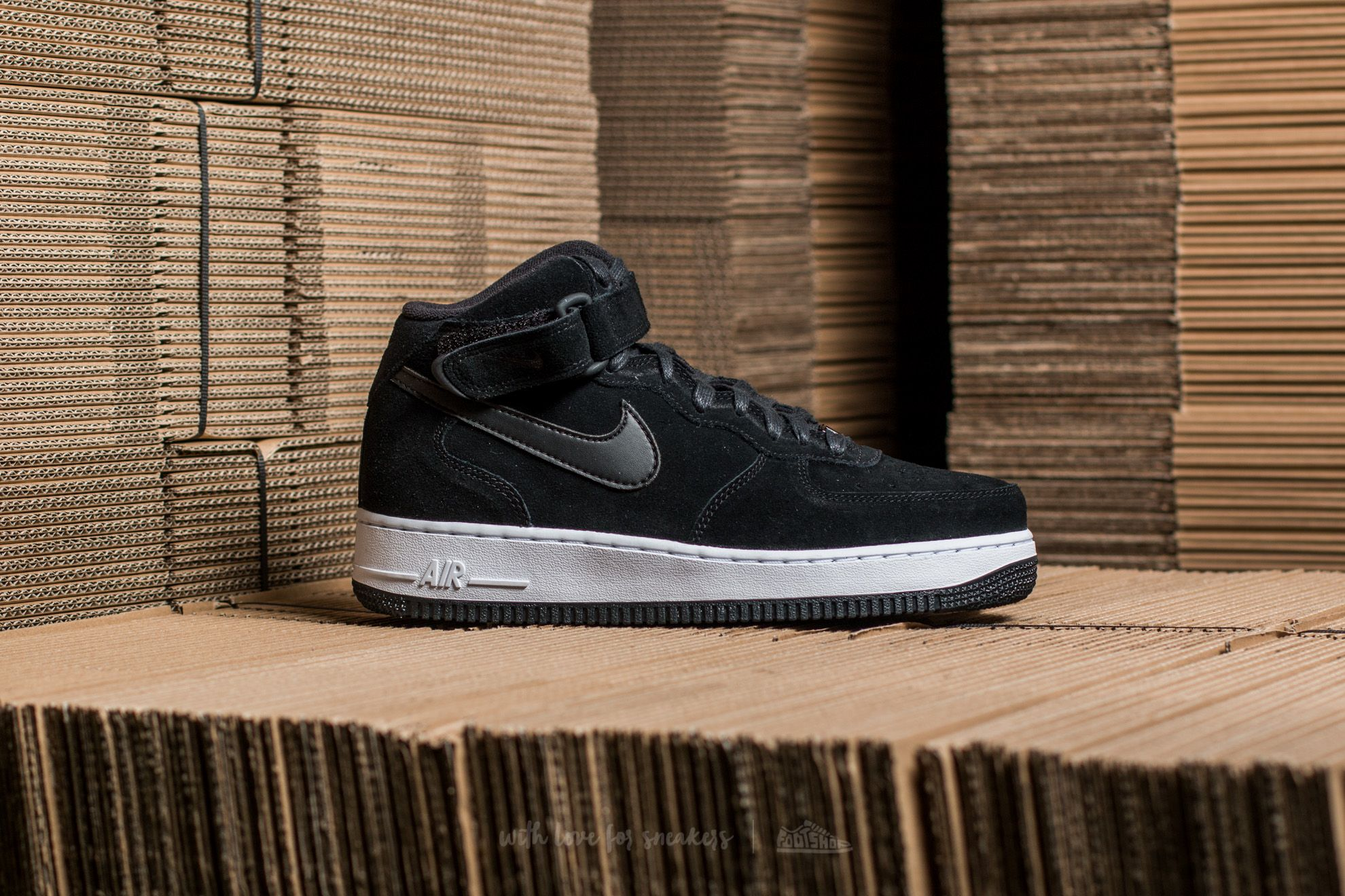 najnowszy projekt w magazynie sprzedaje Nike W Air Force 1 ´07 Mid Seasonal Black/ Black-White | Footshop