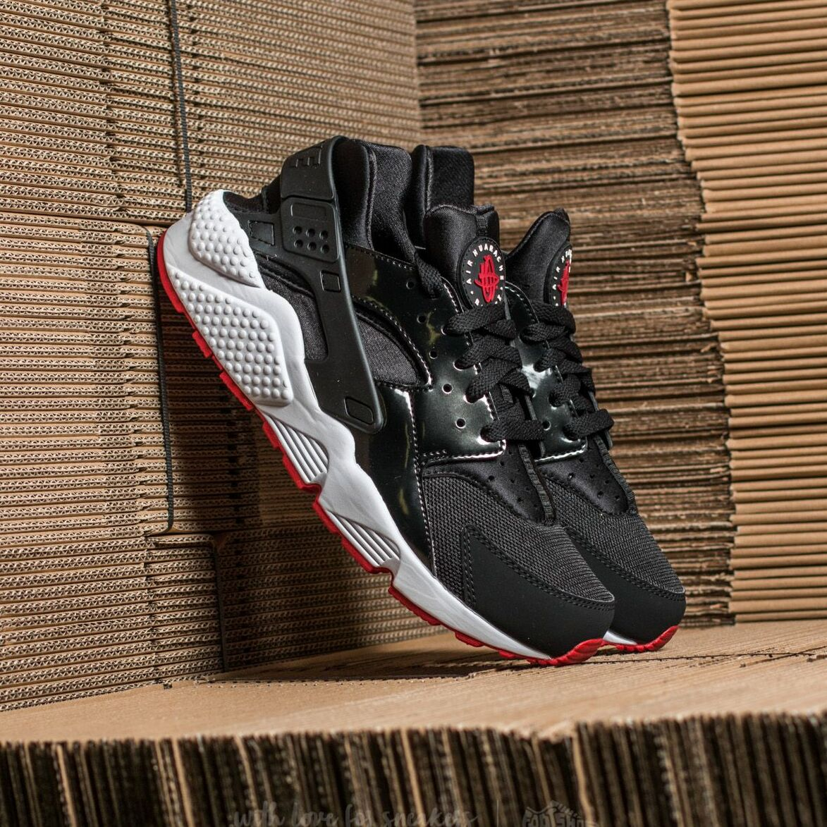 Nike Air Huarache Black/ Gym Red-White EUR 44