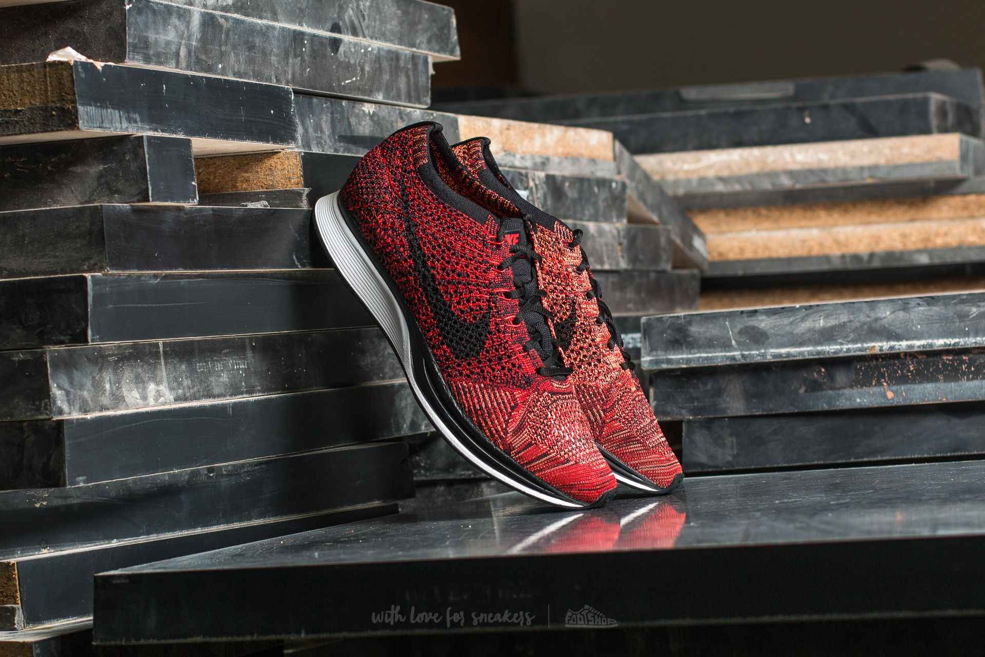 71ca31fceba8b Nike Flyknit Racer University Red  Black