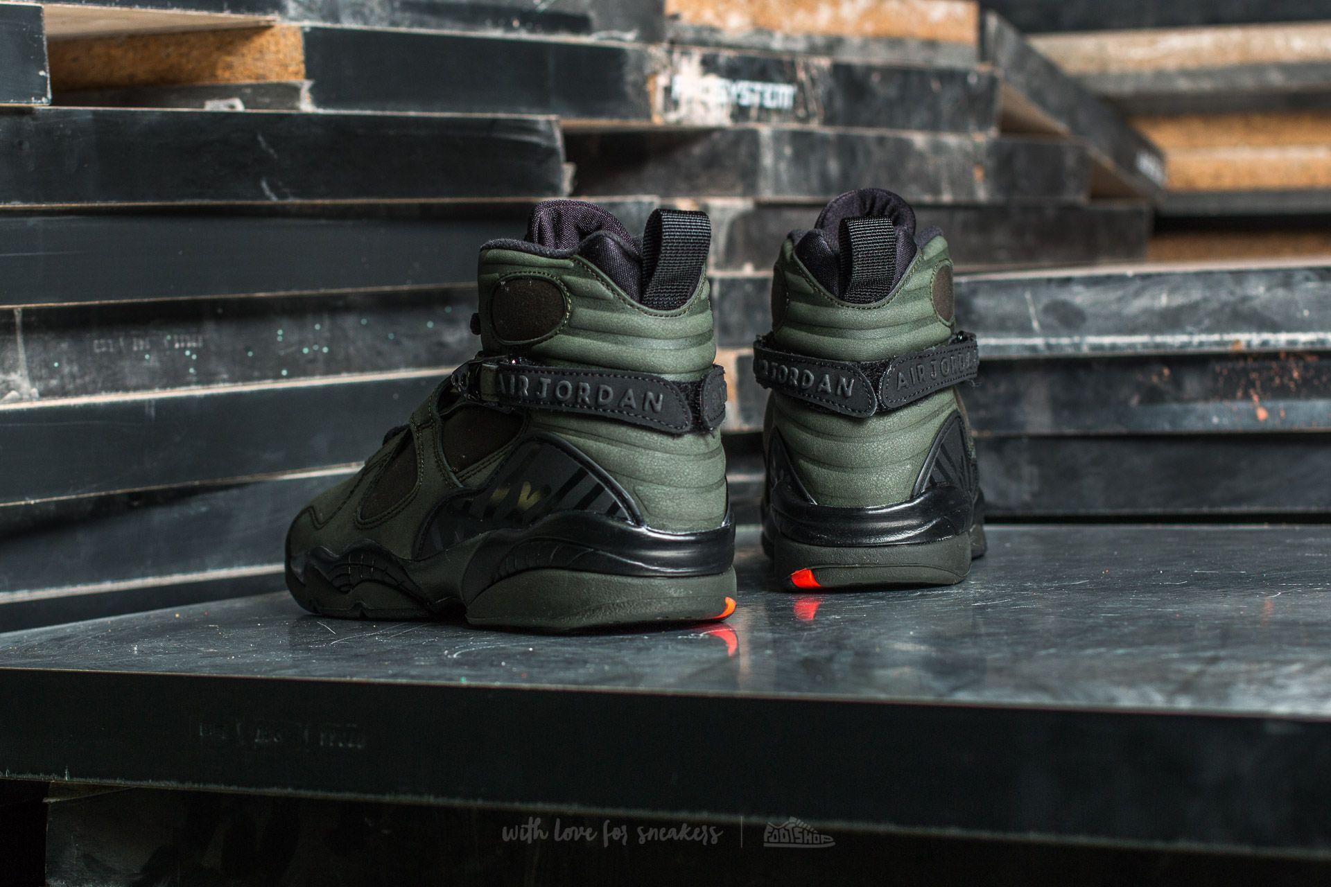 Air Jordan 8 Retro BG Sequoia Max Orange Black | Footshop