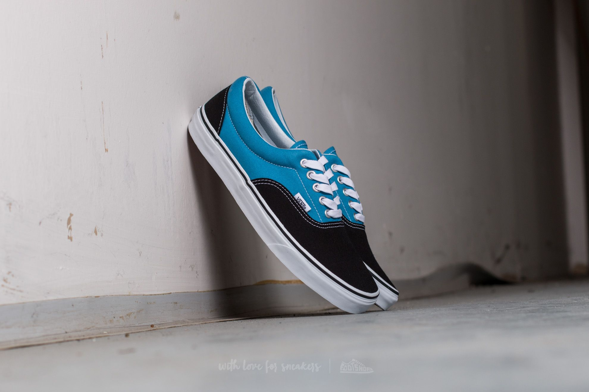 Vans Era (Canvas) Black  Cendre Blue  d614fa45f3