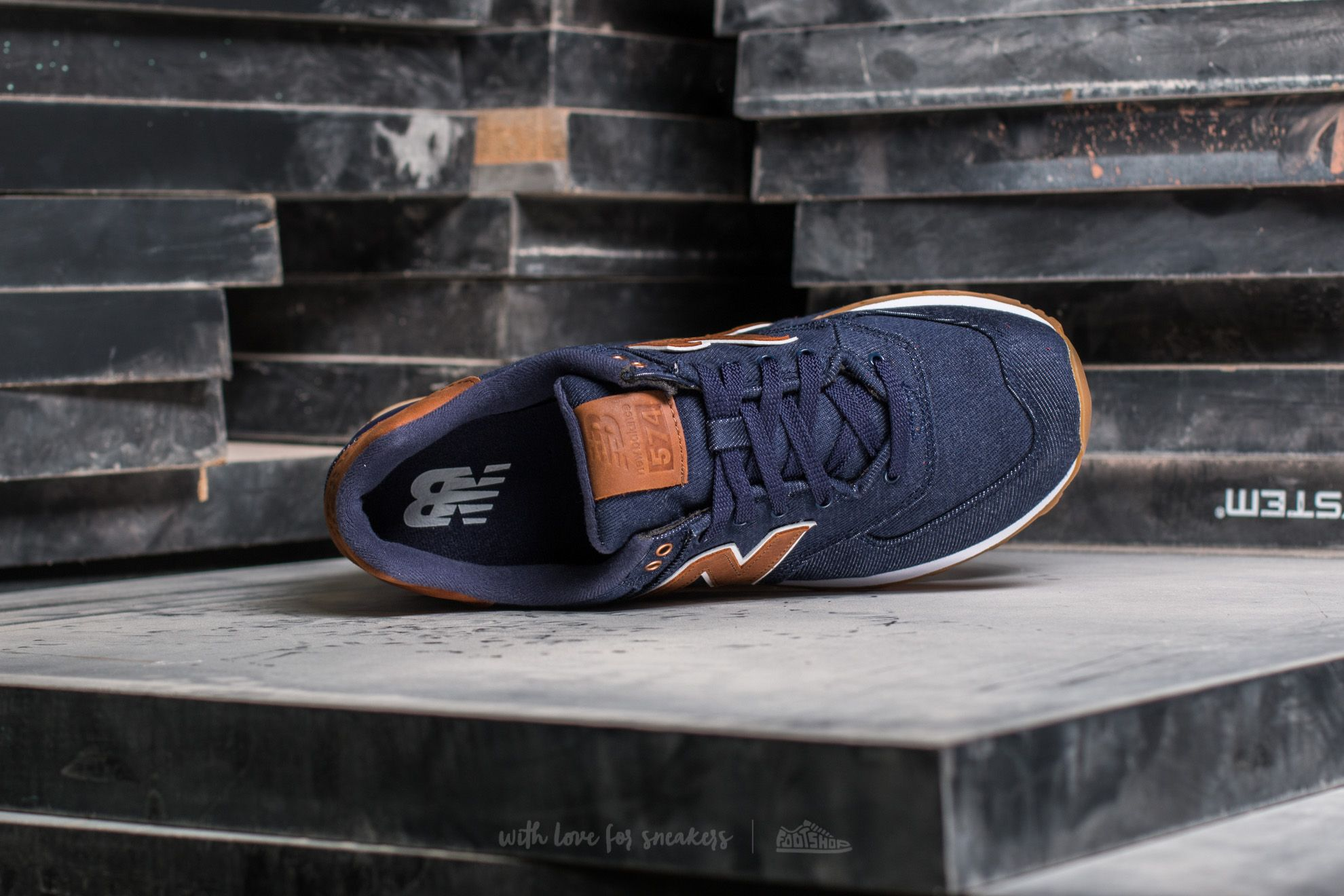 low priced ed201 1c292 New Balance 574 Navy / Brown | Footshop