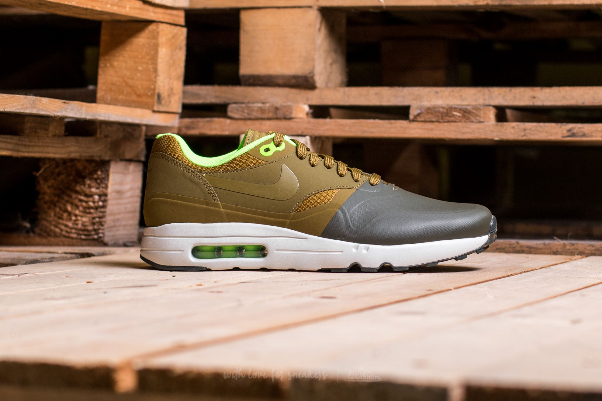 Nike Air Max 1 Ultra 2.0 Se Cargo Khaki Militia Green for