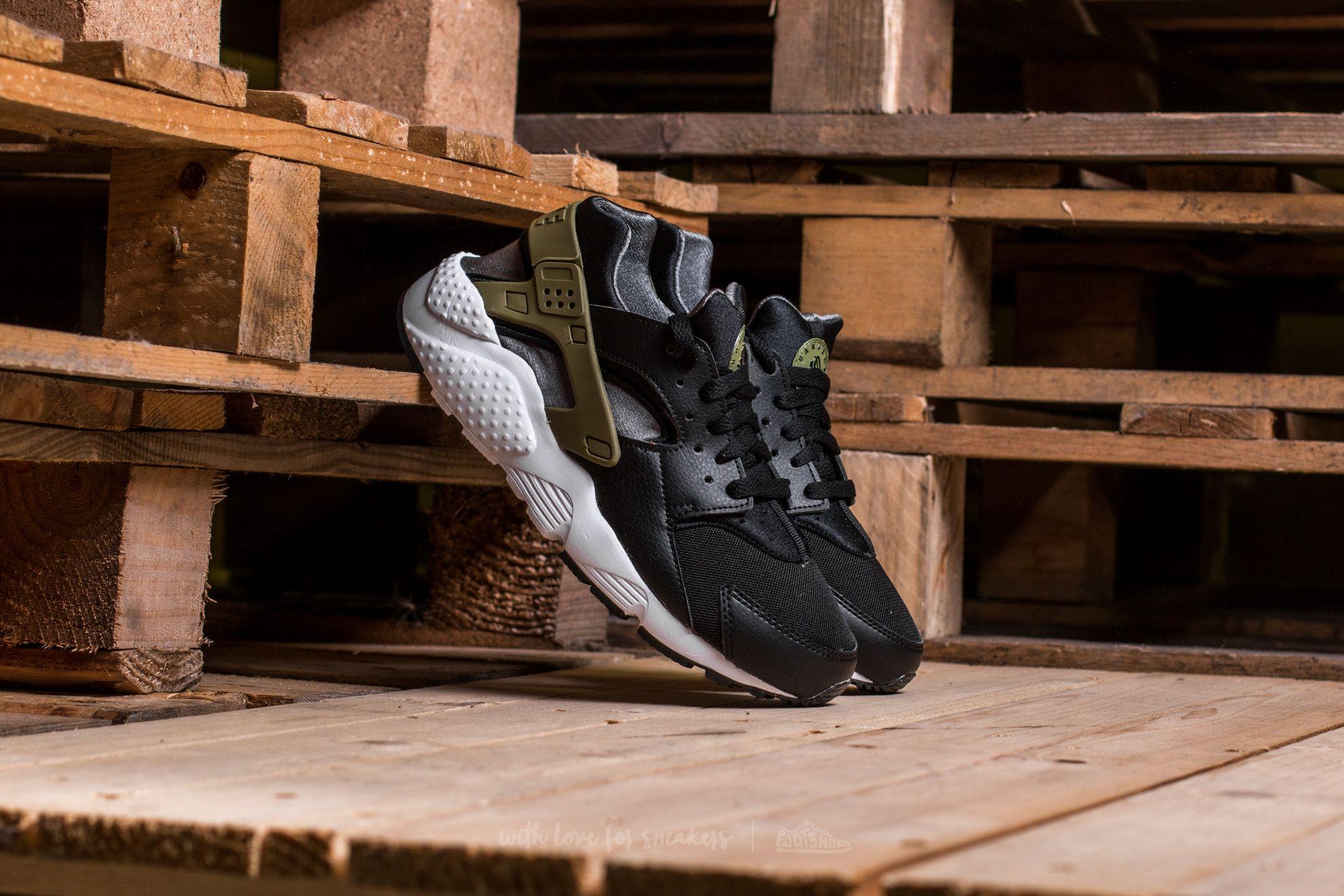 4eec61c9a9df Nike Huarache Run (GS) Black  Palm Green-Dark Grey