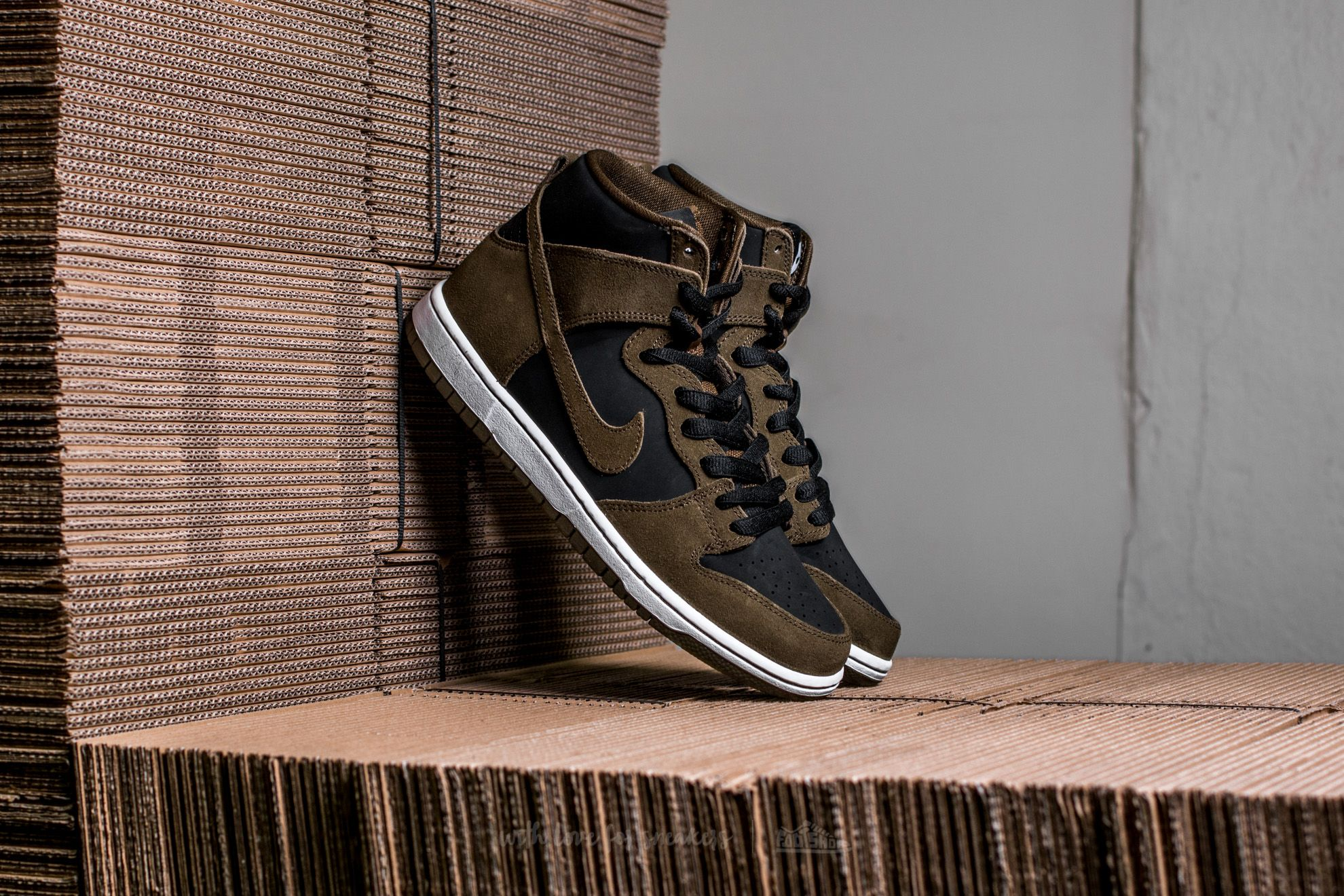 b10553f116e Nike SB Zoom Dunk High Pro Dark Loden  Dark Loden-Black