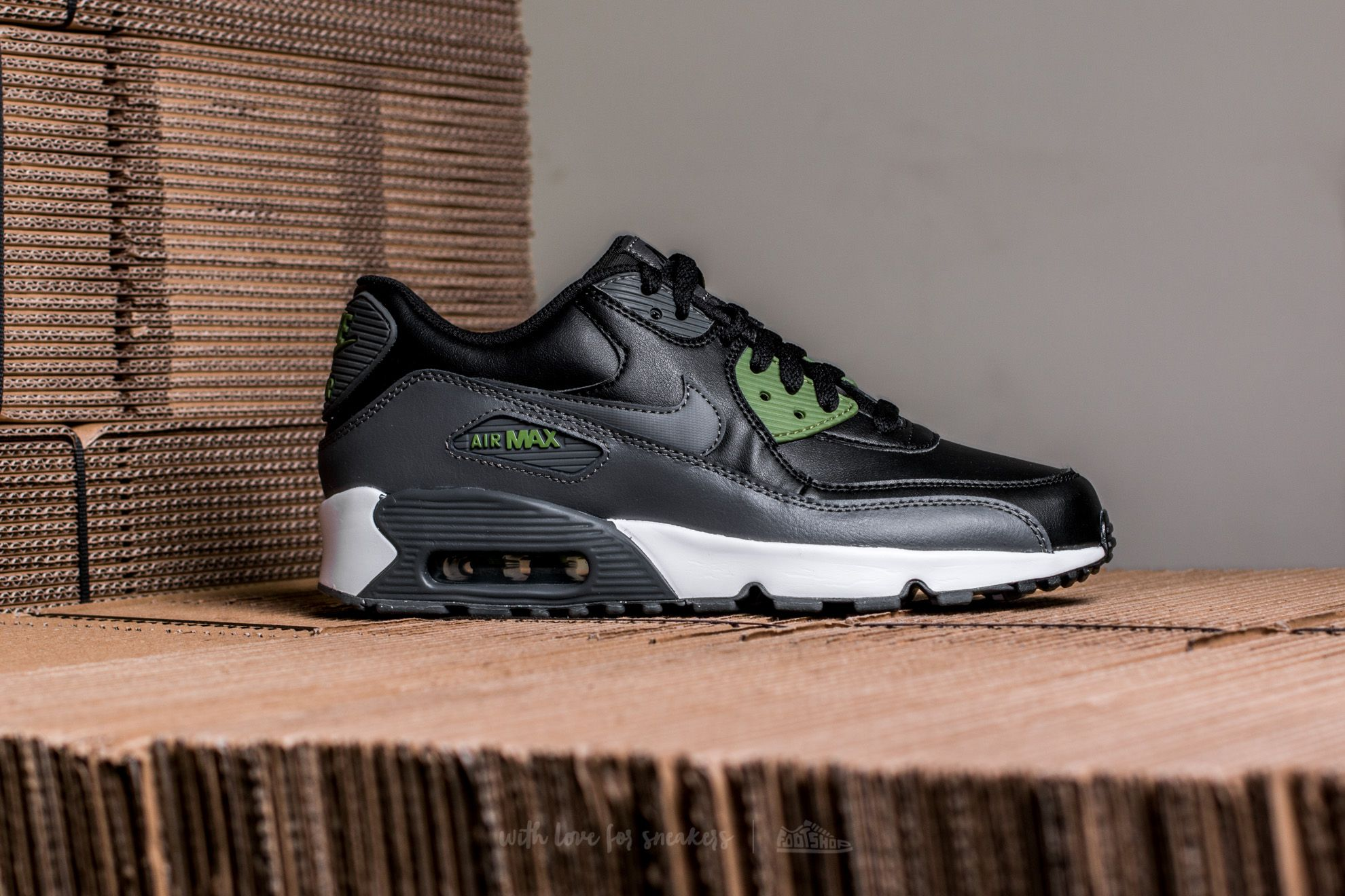 Nike Air Max 90 Leather (GS) Black Dark Grey Palm Green | Footshop