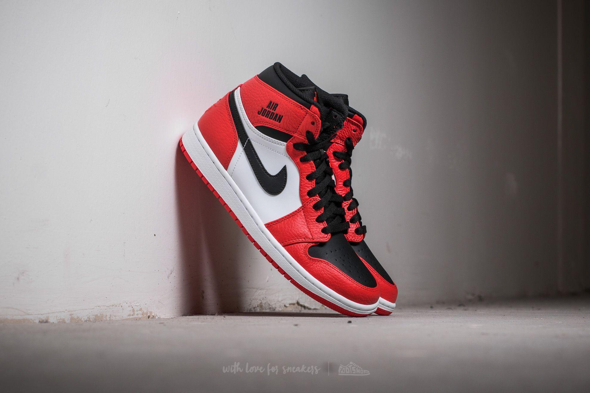 Air Jordan 1 Retro High Max Orange  Black  3c6b817d2b