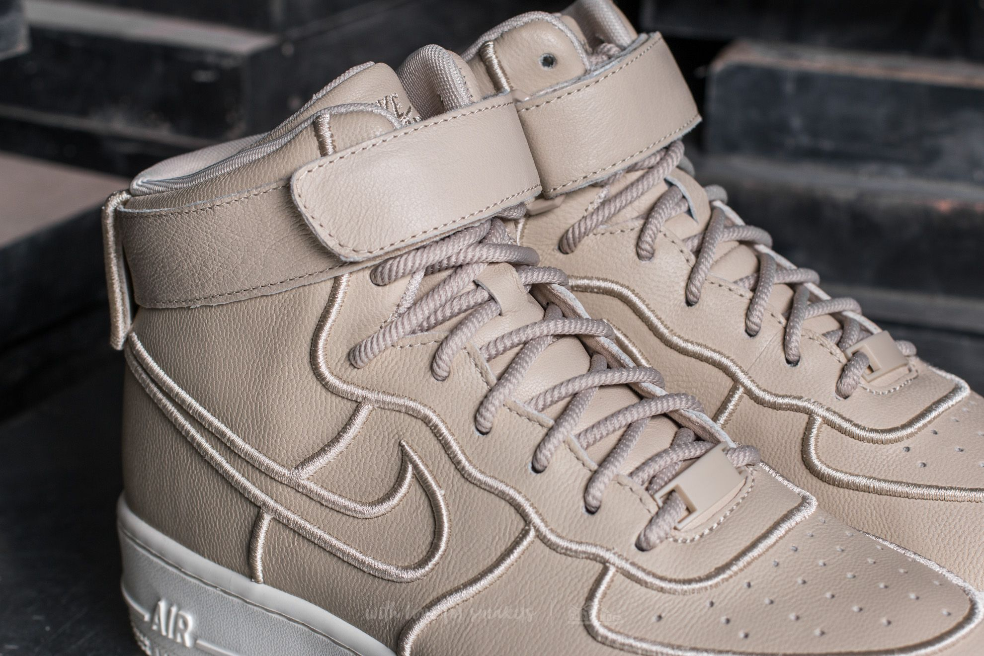 Nike Wmns Air Force 1 Upstep Hi SI Oatmeal Oatmeal Ivory | Footshop