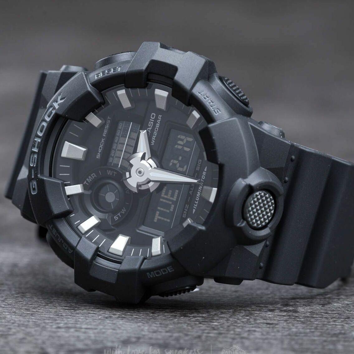 G-Shock GA-700-1BER univerzálna