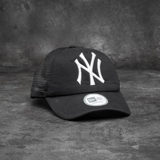 New York Yankees New Era Adjustable Clean Trucker Cap