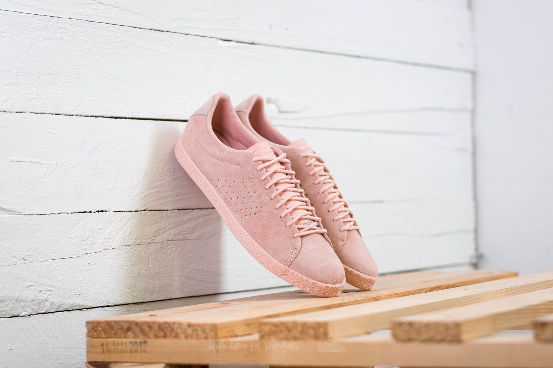 0297379c62b9 le coq sportif Charline Nubuck Rose Cloud