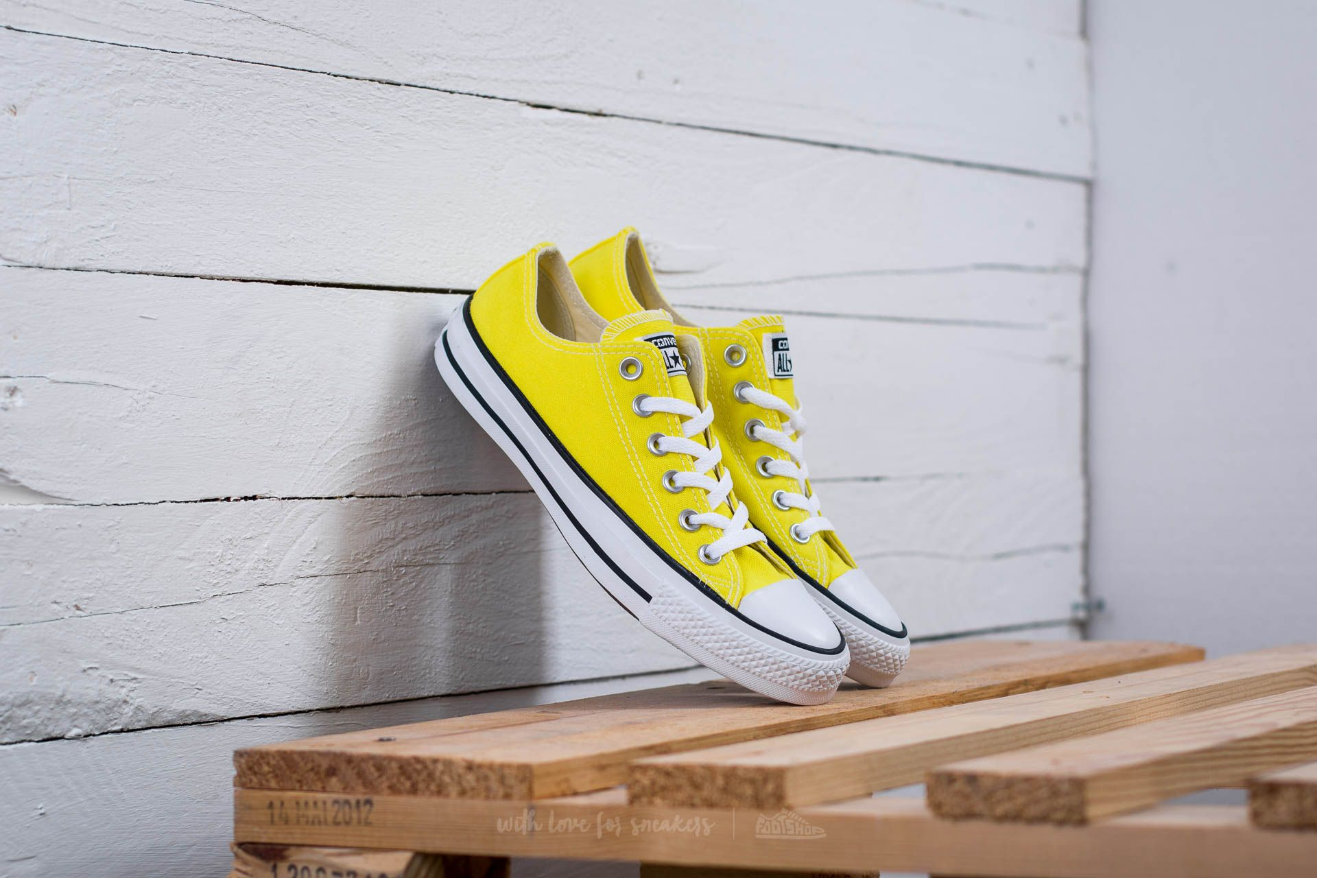 44389cbef57e09 Converse Chuck Taylor All Star OX Fresh Yellow