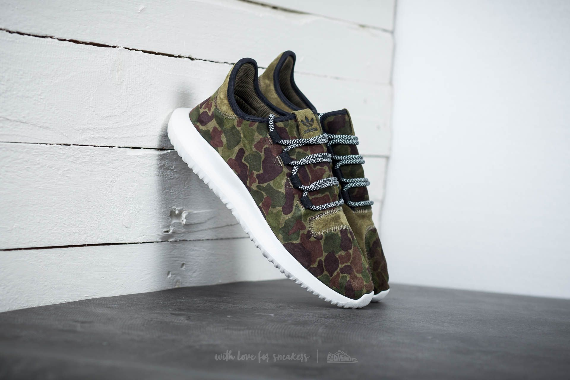 4476dd000086 adidas Tubular Shadow Olive Cargo  Vintage White  Core Black ...