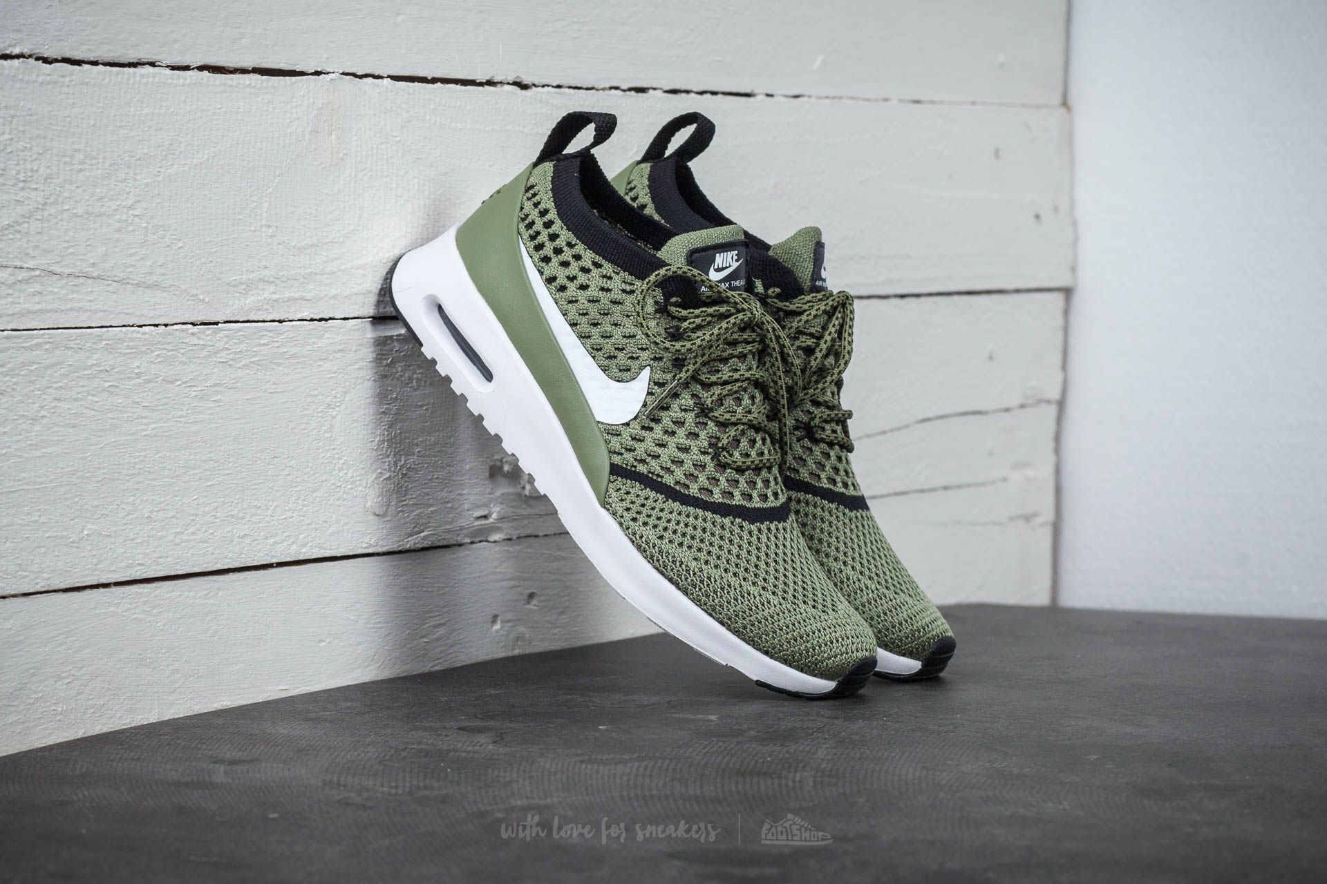 ef12b614f9 Nike Wmns Air Max Thea Ultra Flyknit Palm Green/ White-Black ...