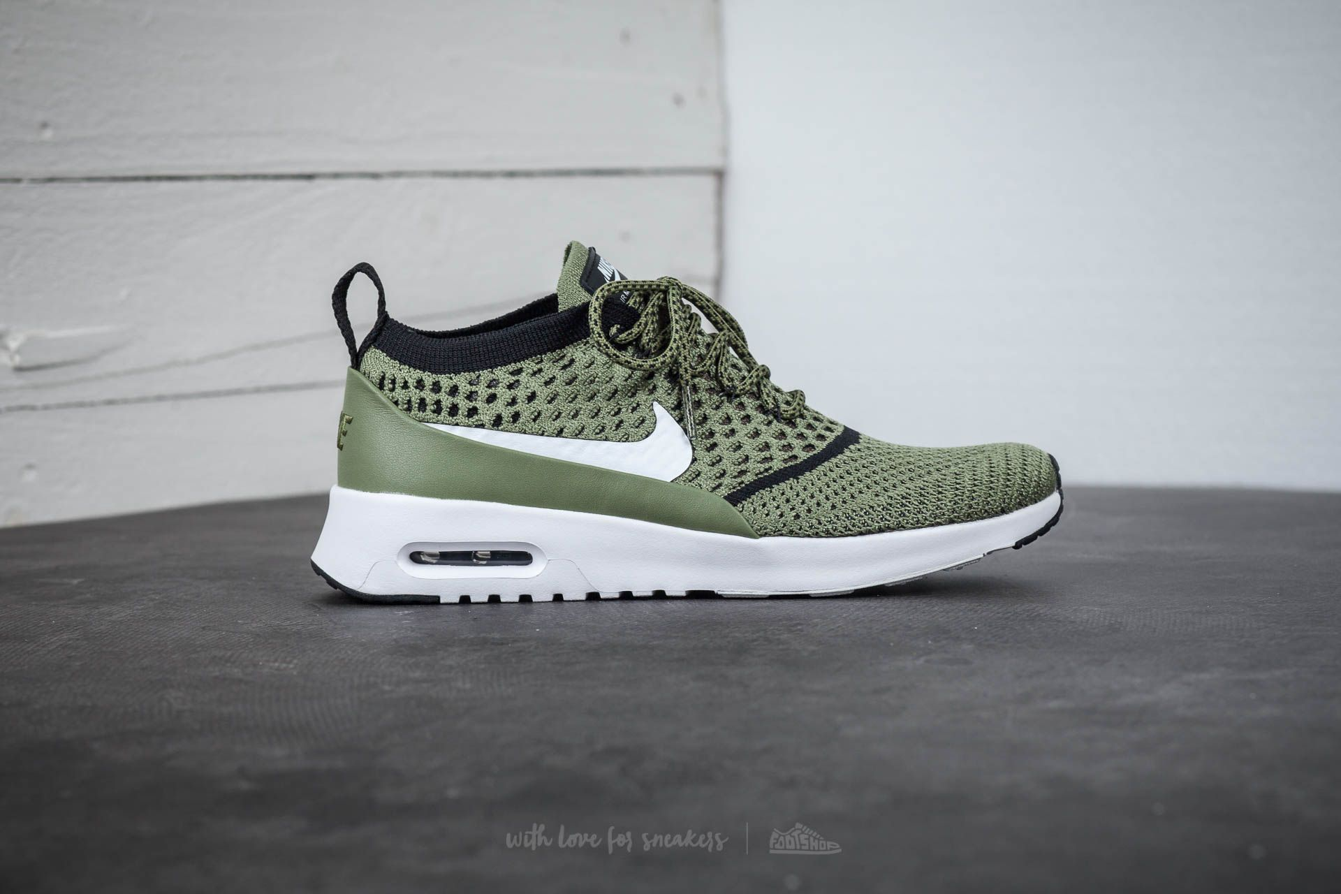 Nike Wmns Air Max Thea Ultra Flyknit Palm Green White Black | Footshop