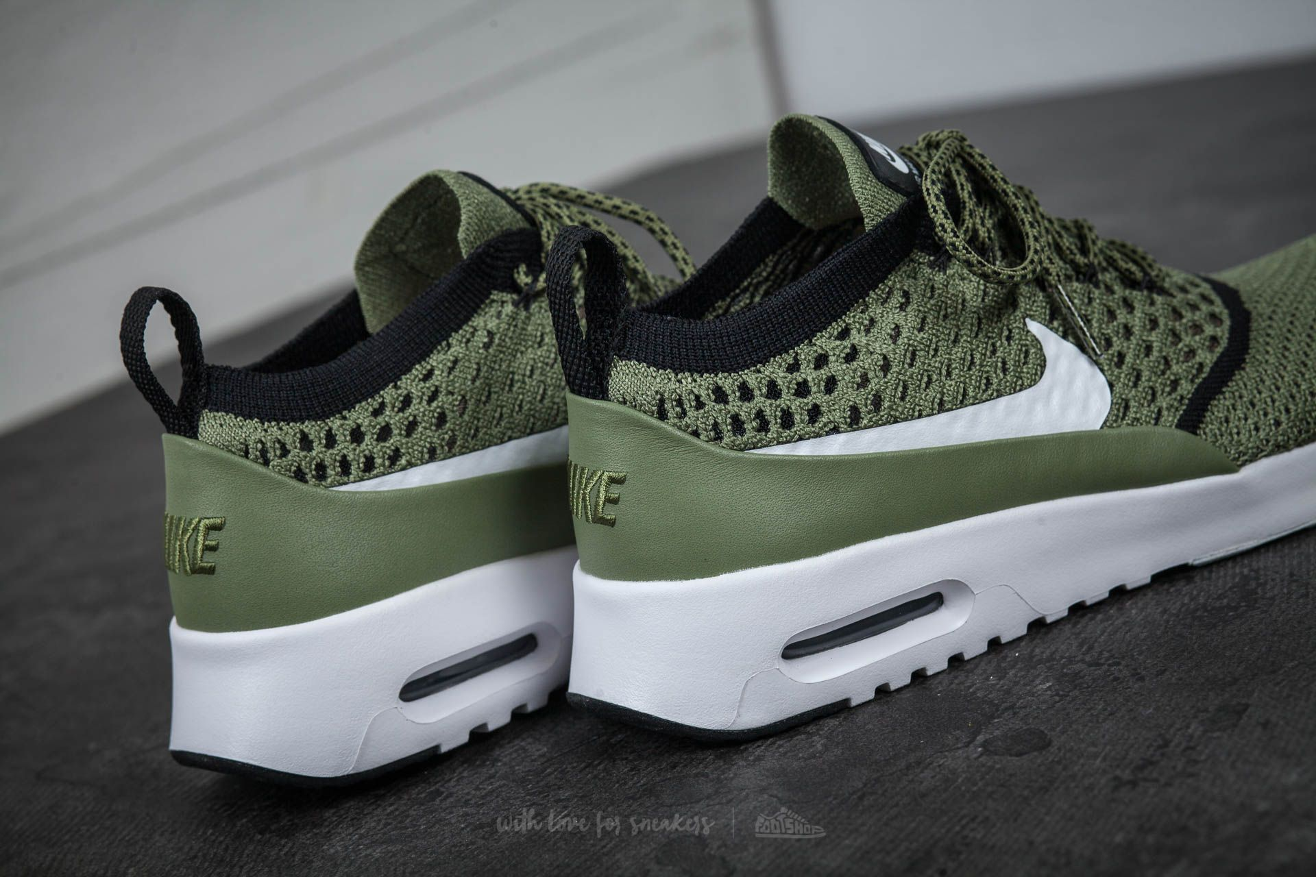 Nike Wmns Air Max Thea Ultra Flyknit Palm Green White Black