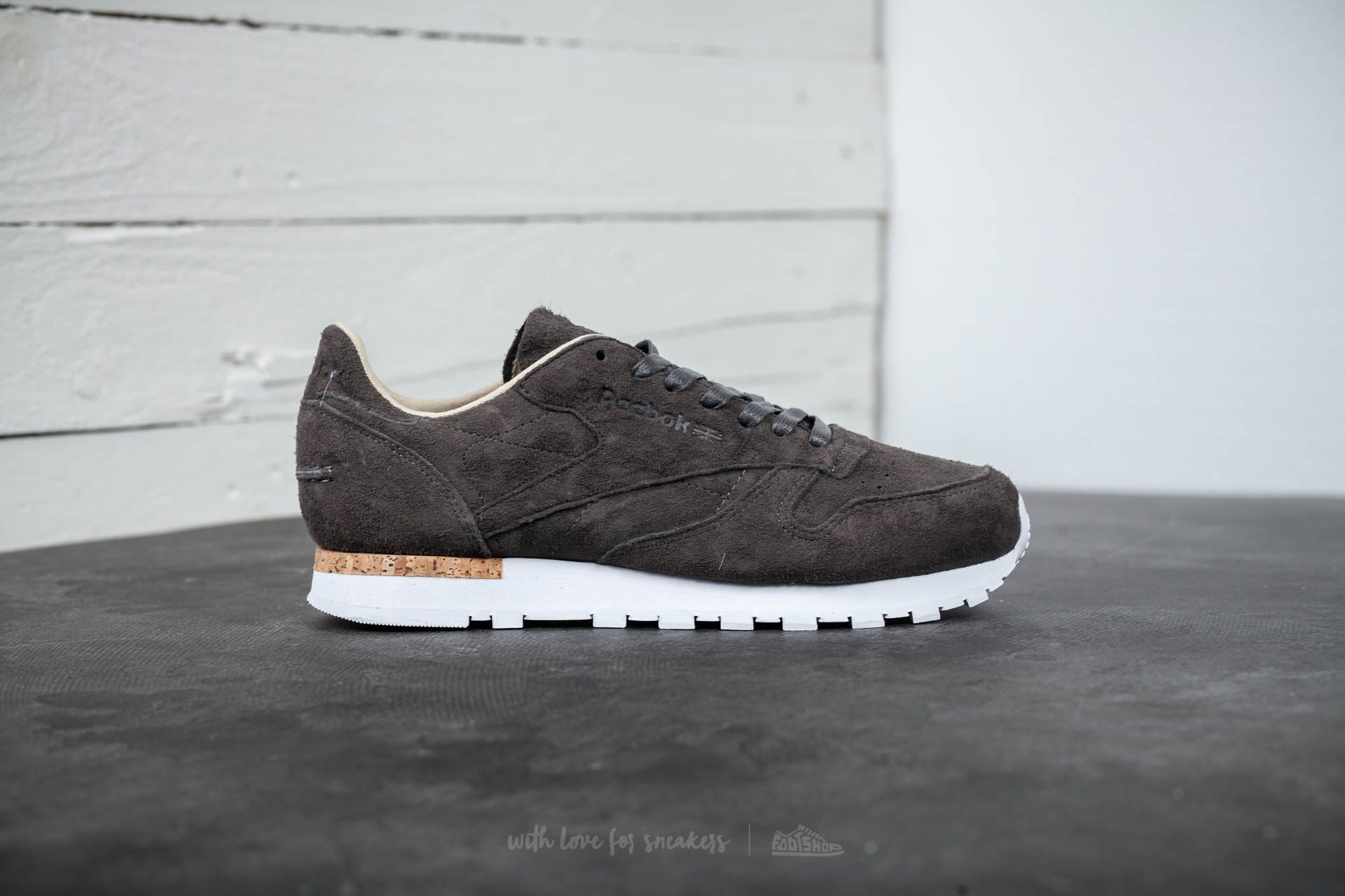 to buy meet innovative design Reebok Classic Leather LST Urban Grey/ Stone/ White | Footshop