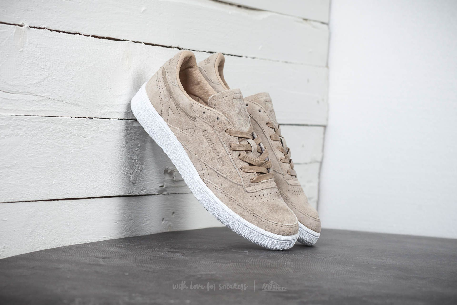 eda9b28e9ce Reebok Club C 85 LST Oatmeal  Drift Wood  White