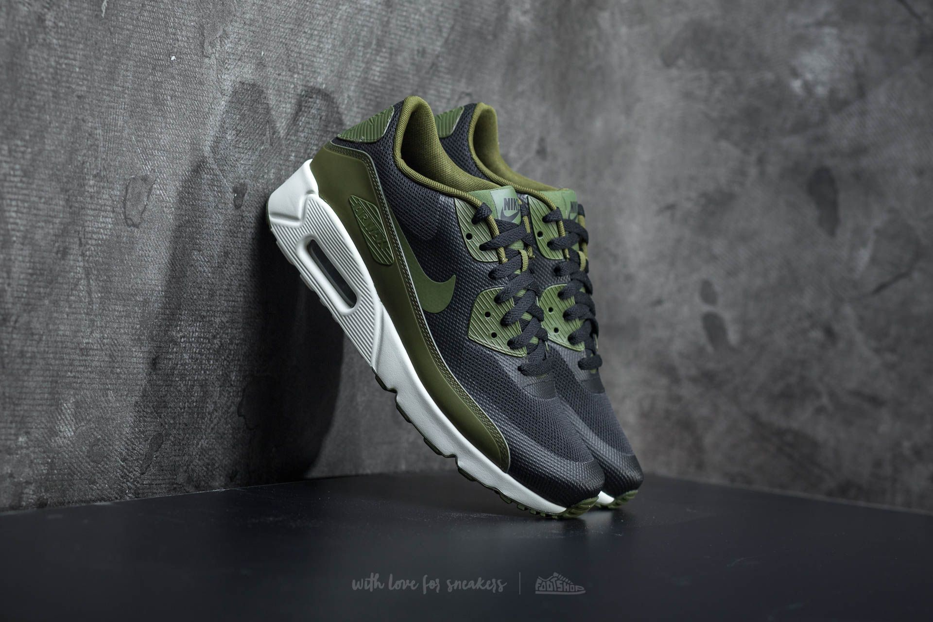 new style bb257 9894e Nike Air Max 90 Ultra 2.0 Essential. Black  Legion Green-Sail