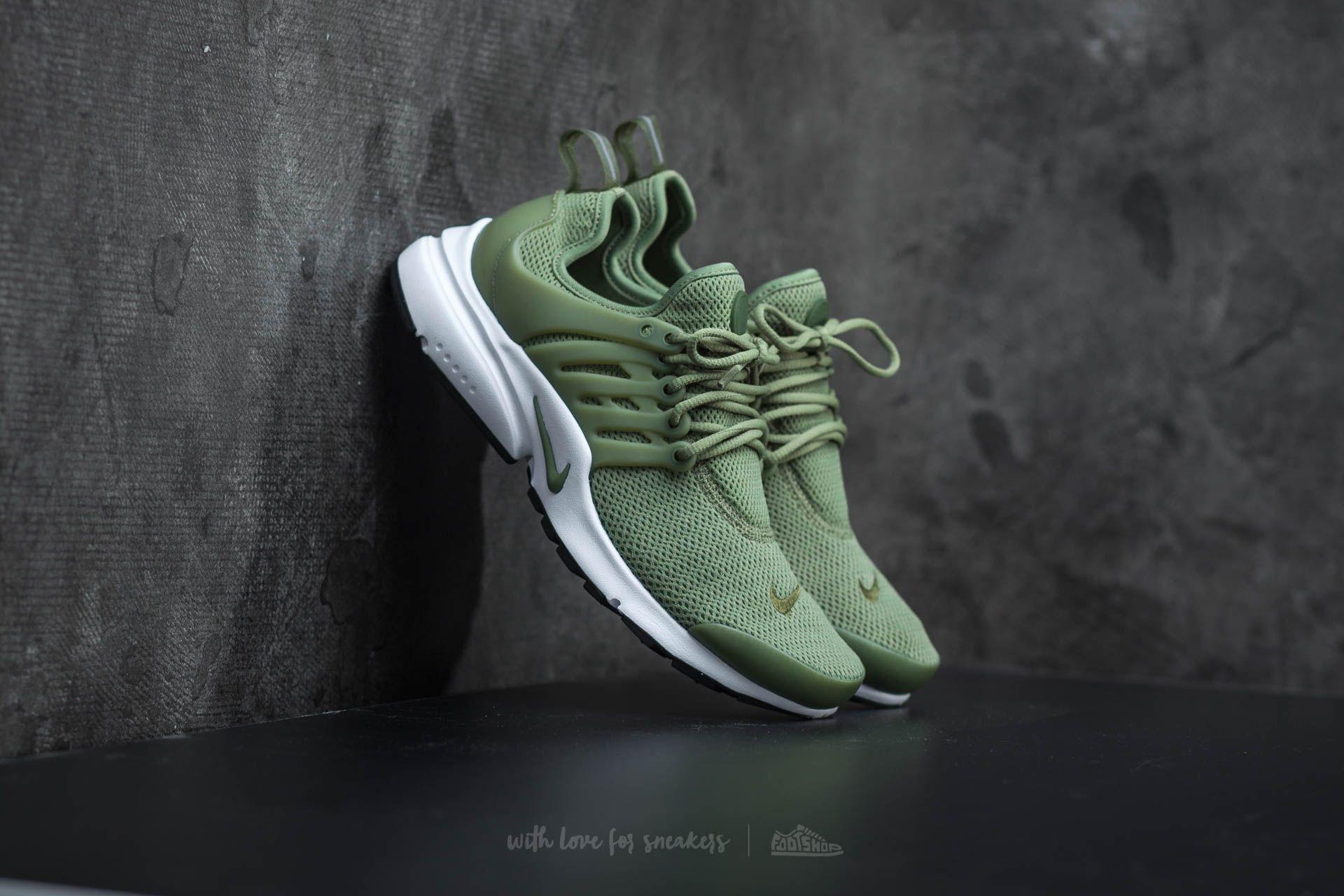 shoes,nike shoes,nike air,nike,presto,olive green,sneakers