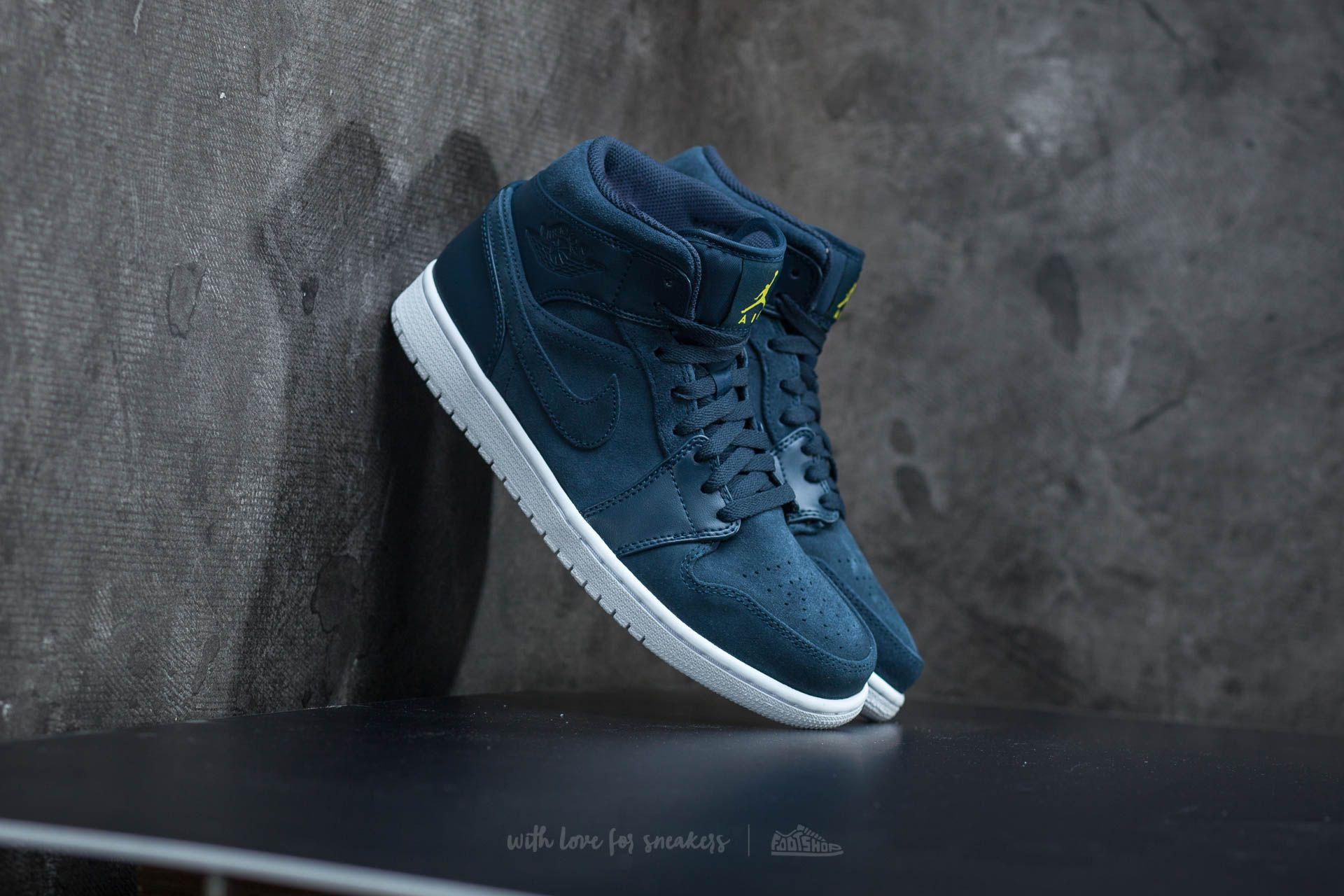 Men's shoes Air Jordan 1 Mid Armory