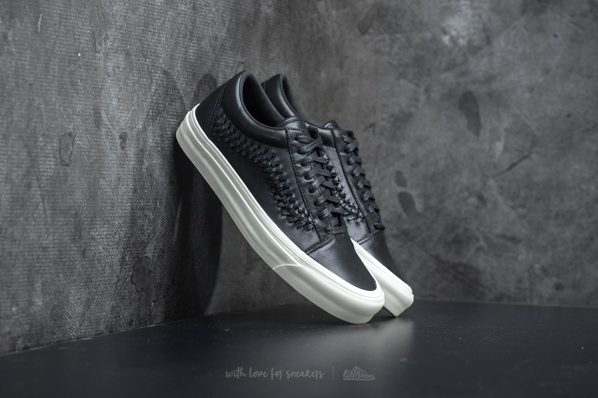 Men's shoes Vans Old Skool Weave DX