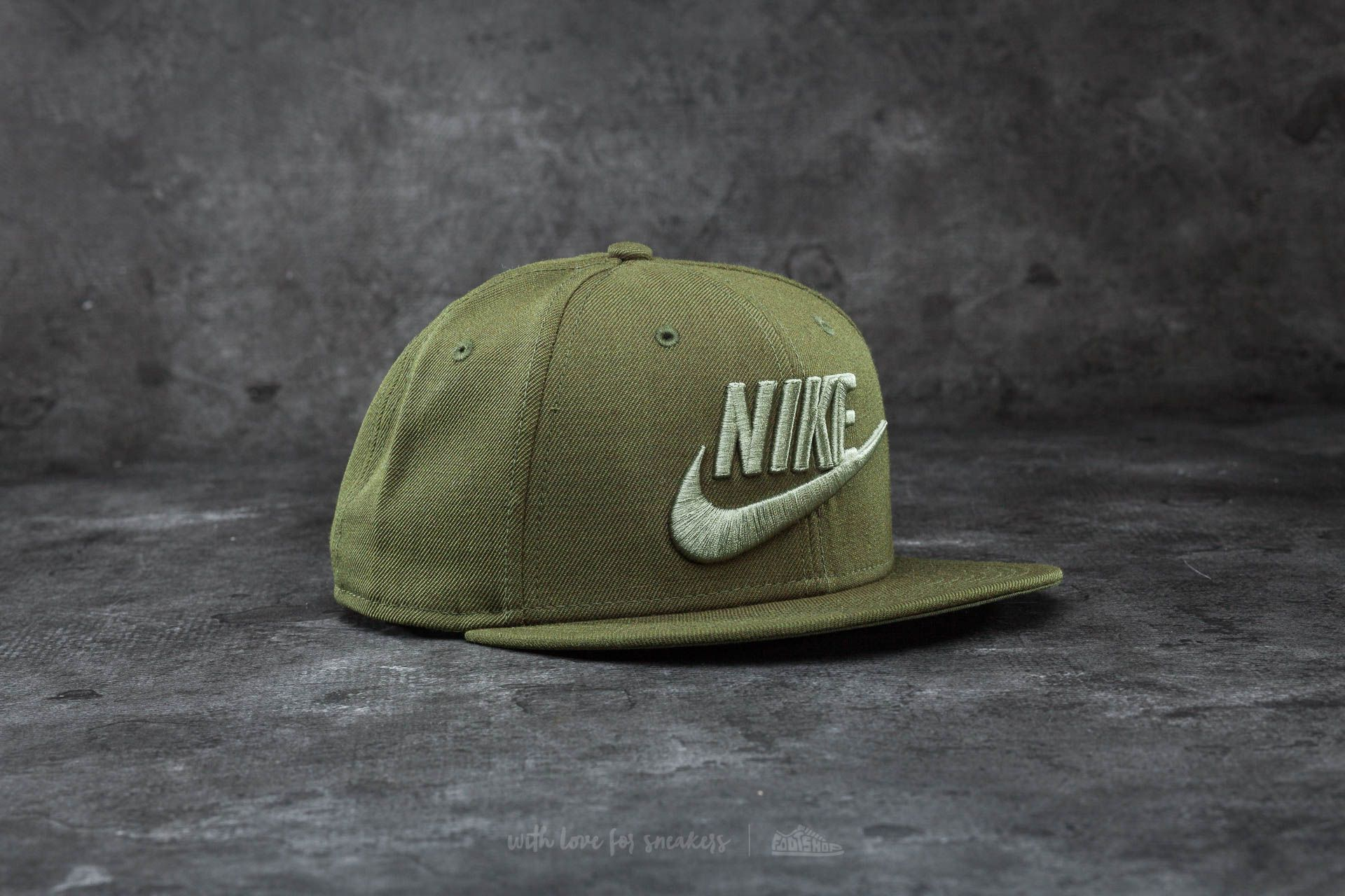 8e79b021485 Nike Futura True 2 Snapback Legion Green  Palm Green