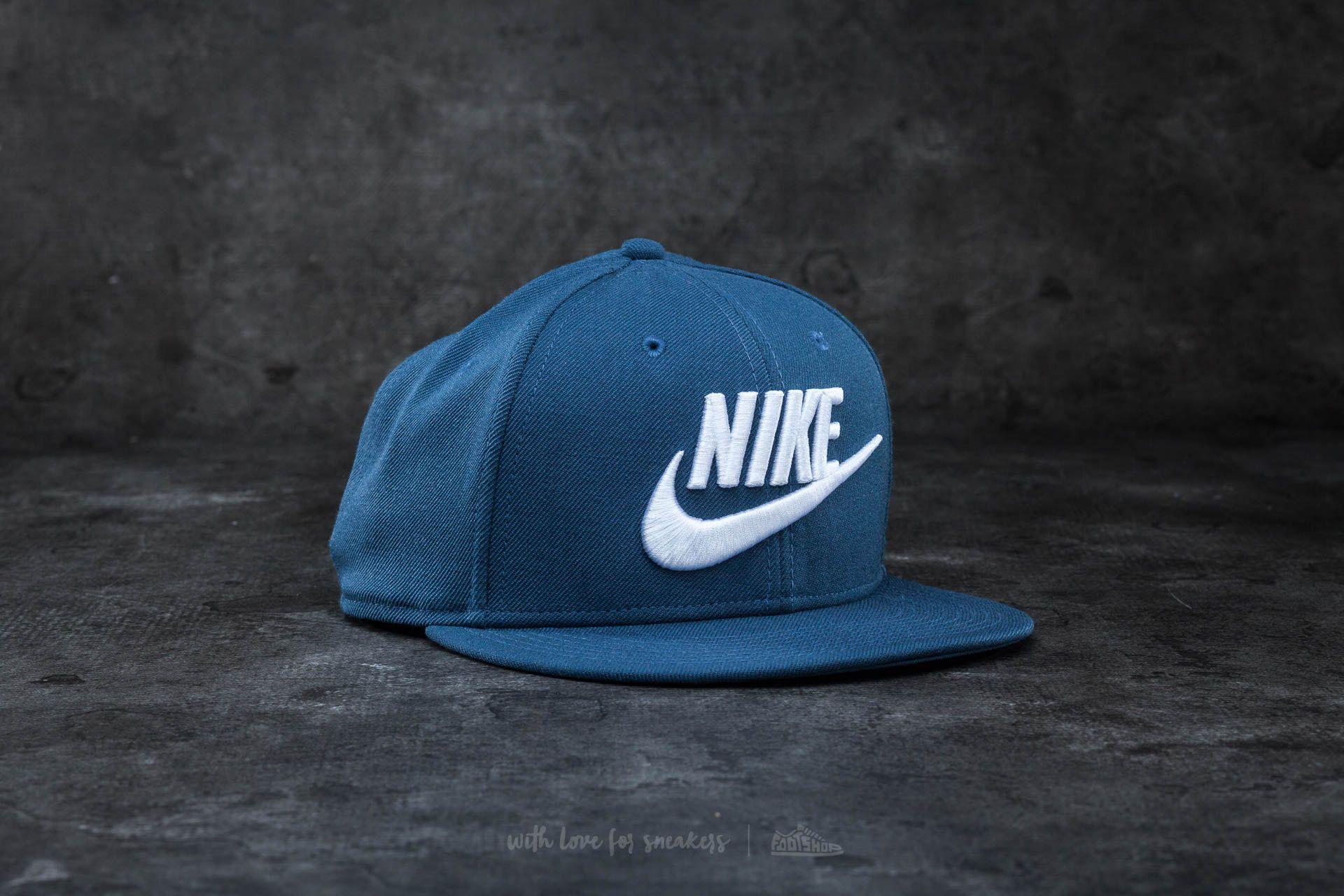 Nike Futura True 2 Snapback Squadron Blue  White  65d0e05906bc
