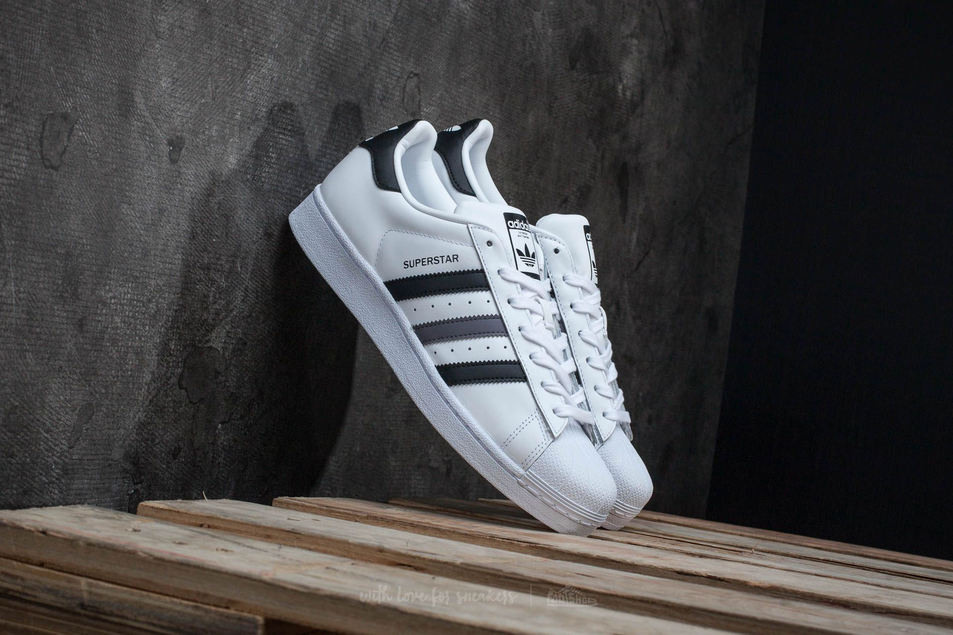 6fe679a7896 adidas Superstar Ftw White  Core Black