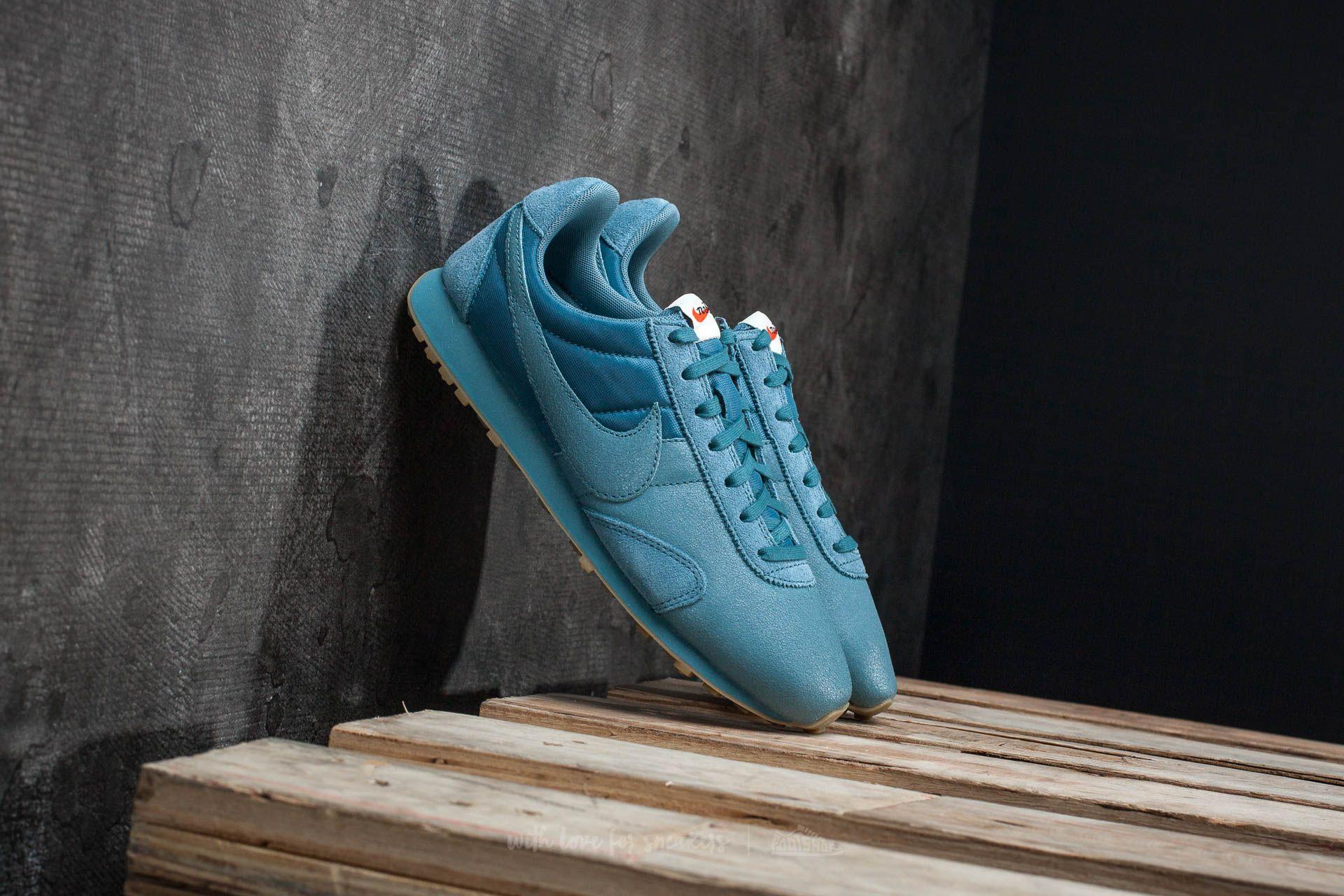timeless design 9546e 14995 Nike W Pre Montreal Racer Vintage Premium. Smokey Blue  Smokey Blue