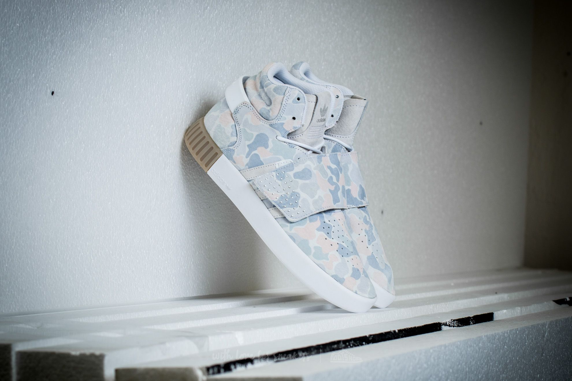 b7cb0d2cf19f adidas Tubular Invader Strap Ftw White  Ftw White  Light Solid Grey ...