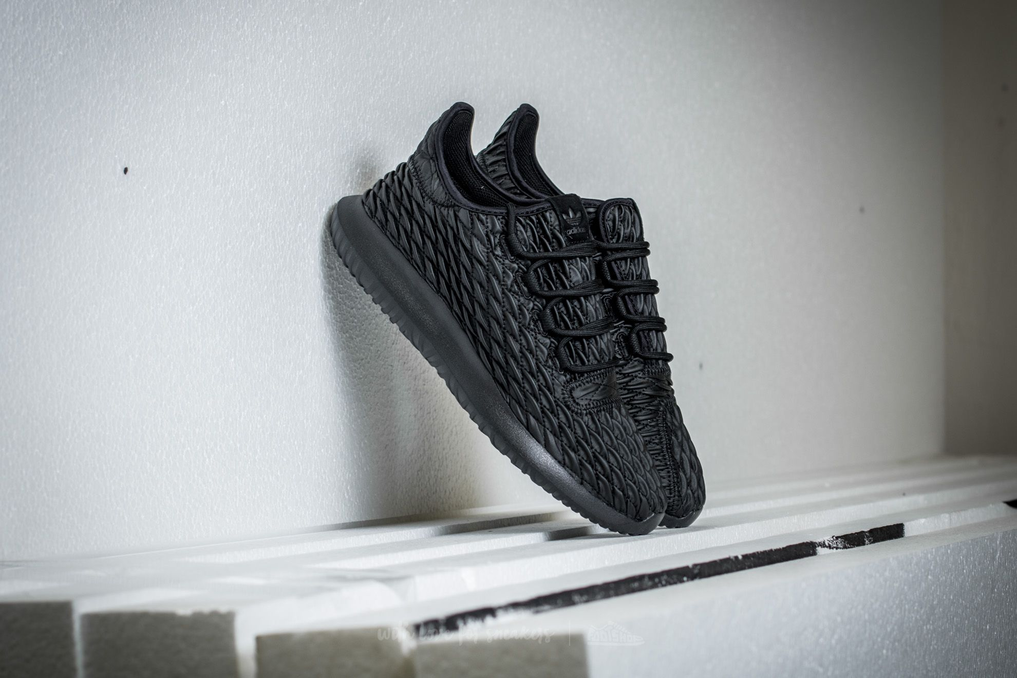 the best attitude f131b 9bbe4 adidas Tubular Shadow