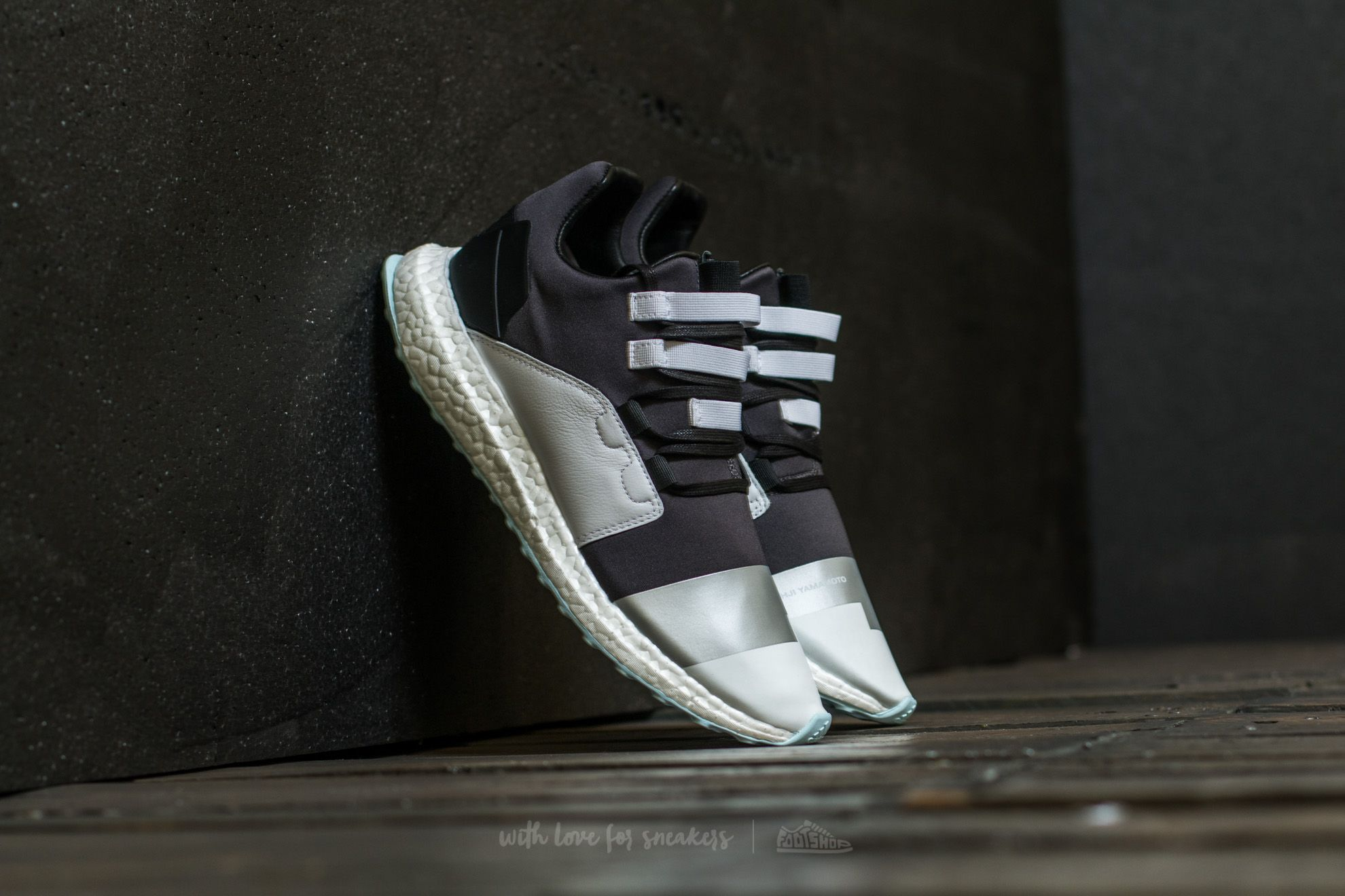 254e63dabb03 Y-3 Kozoko Low Core Black  Reflective Silver  Ftw White