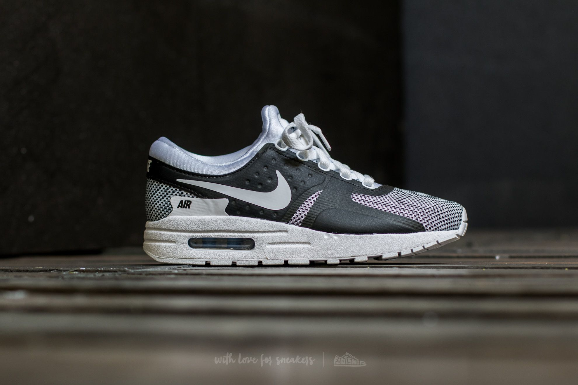 Nike Air Max Zero Essential GS White / White-Obsidian-Soar | Footshop