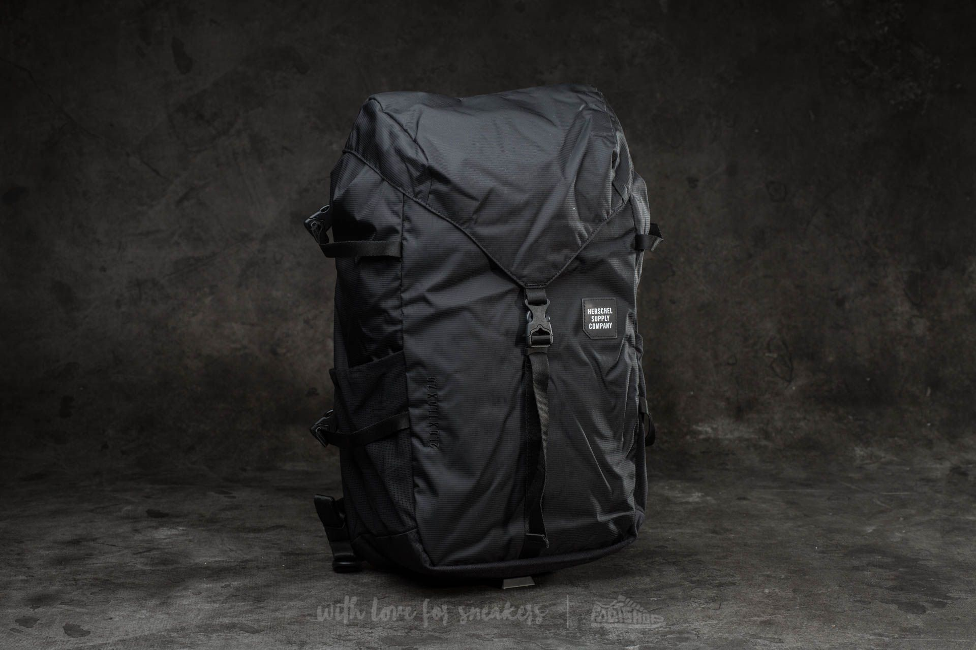 Herschel Supply Co. Barlow Large Backpack Black  d891d77375f57