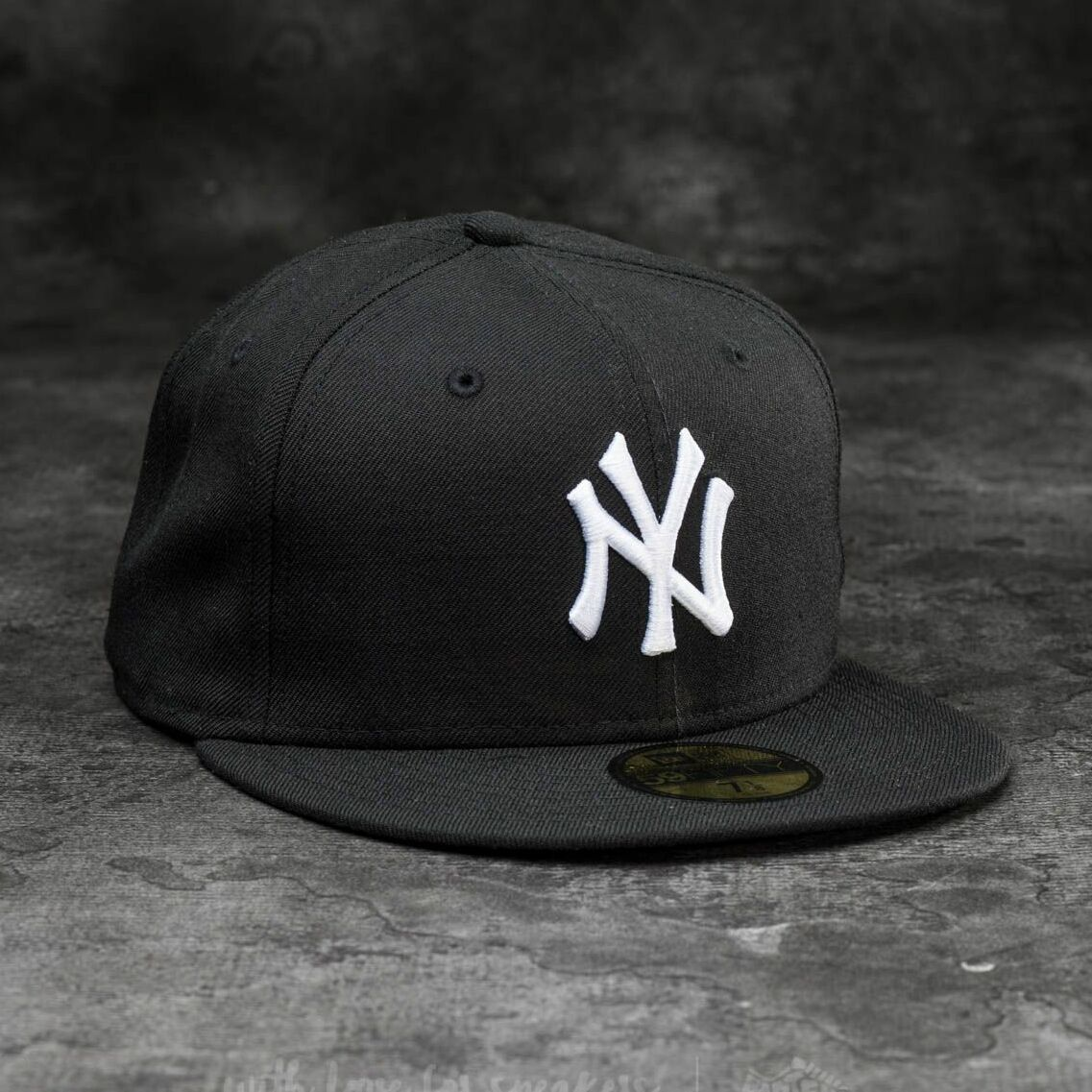 New Era 59Fifty MLB Basic New York Yankees Cap Black/ White 7 1/8
