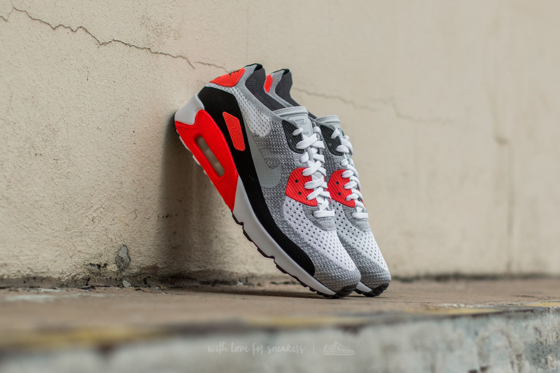 Nike Air Max 90 Ultra 2.0 Flyknit White Wolf Grey Bright Crimson | Footshop