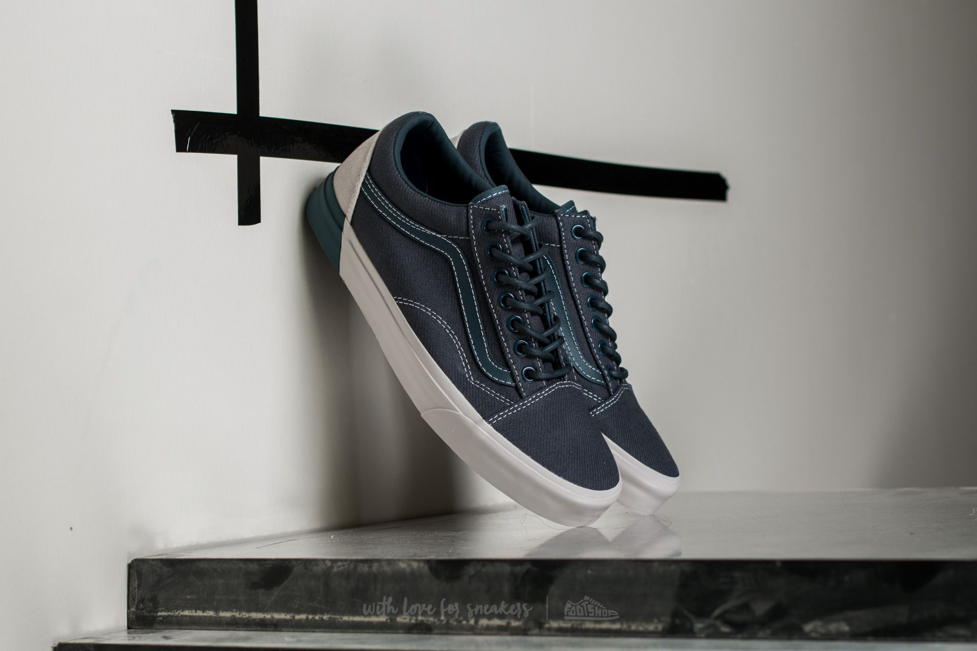 05327f5f7ca Vans Old Skool DX (Blocked) Dark Slate  Wind