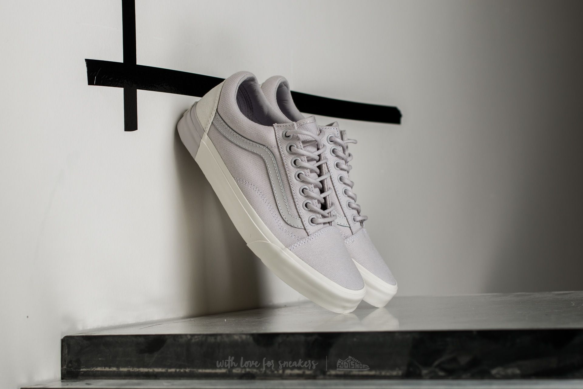 Vans Old Skool DX (Blocked) Classic White  Grey  24728d1fc1c
