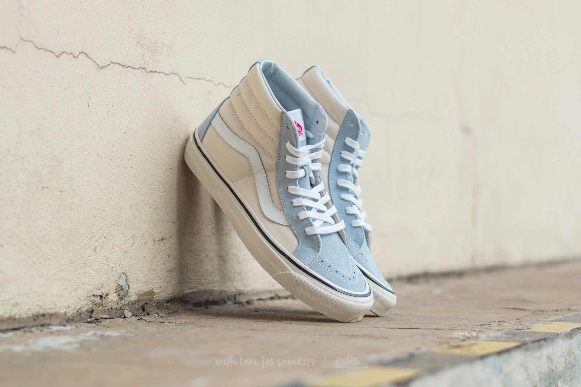 8d890cce1f7549 Vans Sk8-Hi 38 DX (Anaheim Factory) Light Blue  True White