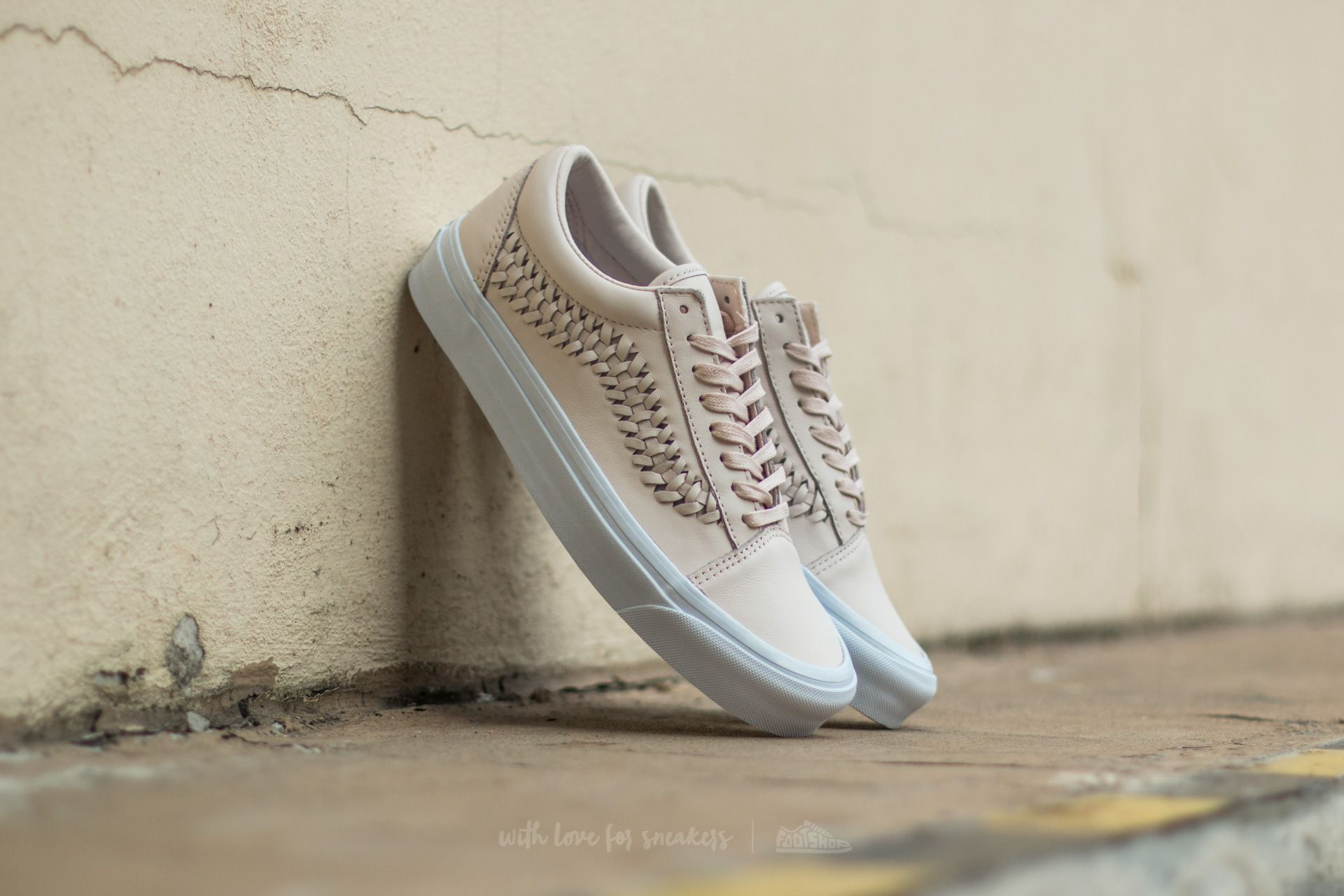 a52e1416386588 Vans Old Skool Weave (Leather) Delicacy
