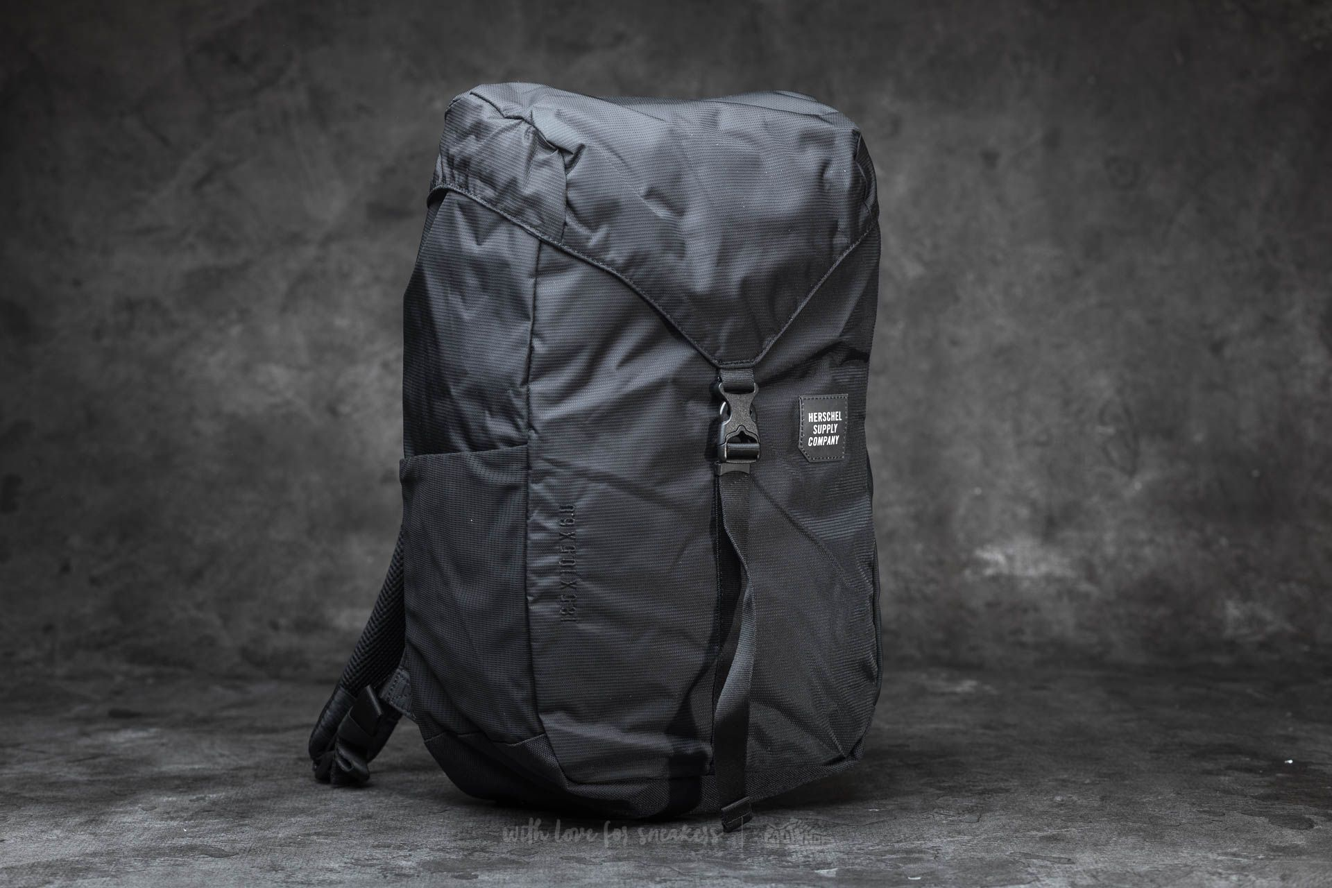 Herschel Supply Co. Barlow Medium Backpack Black  c658061f30c36
