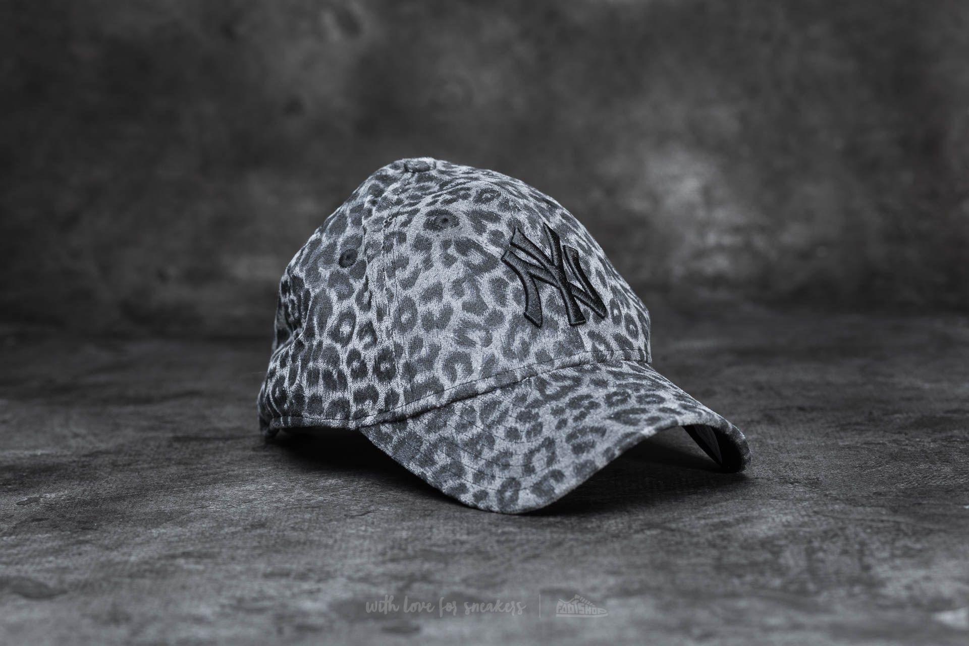 4888616c1c2 New Era W 9Forty Leo Essential New York Yankees Cap Black Leopard